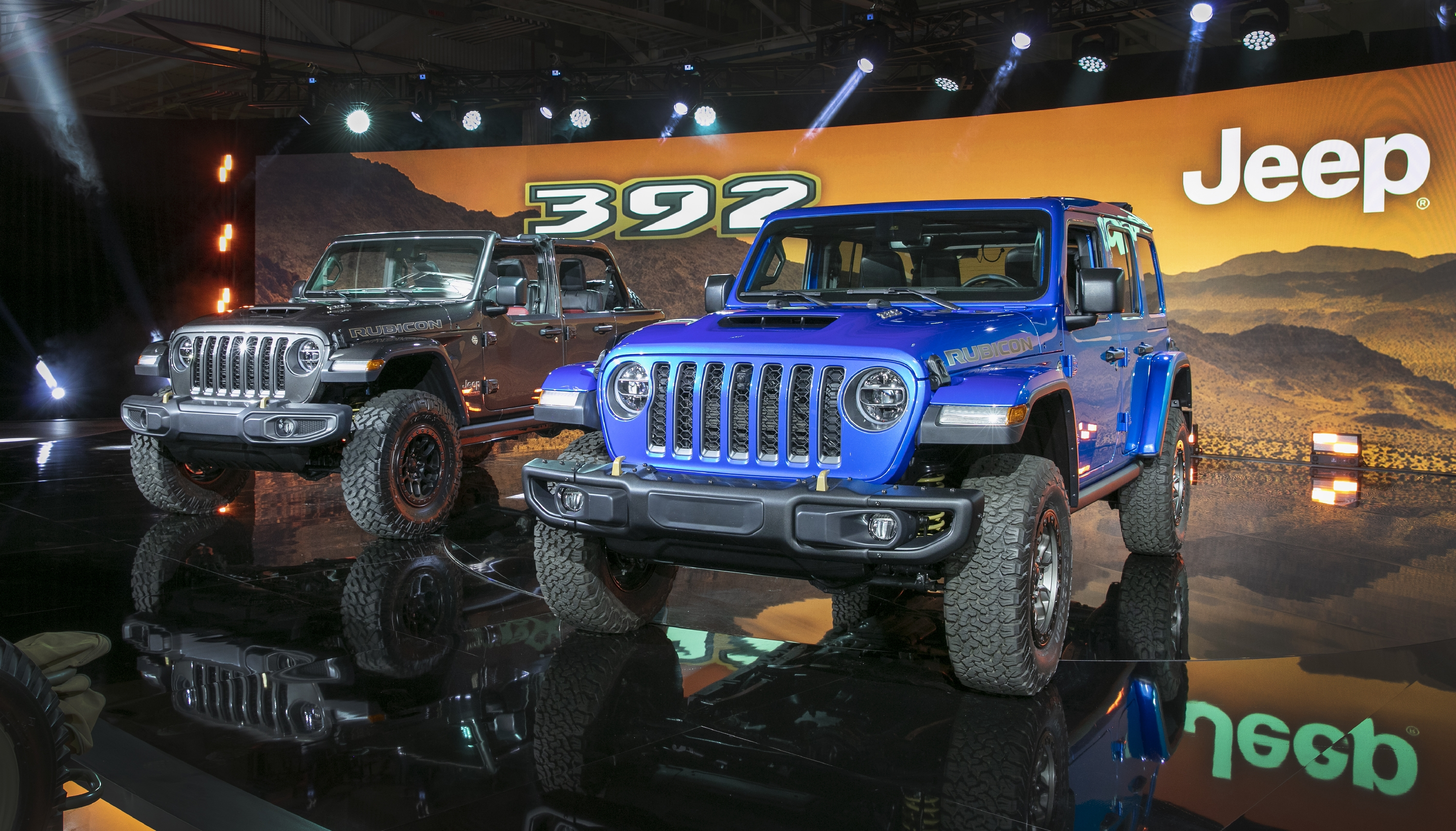 Fiat Chrysler Shows Off Its V8 Powered Jeep Wrangler Rubicon 392