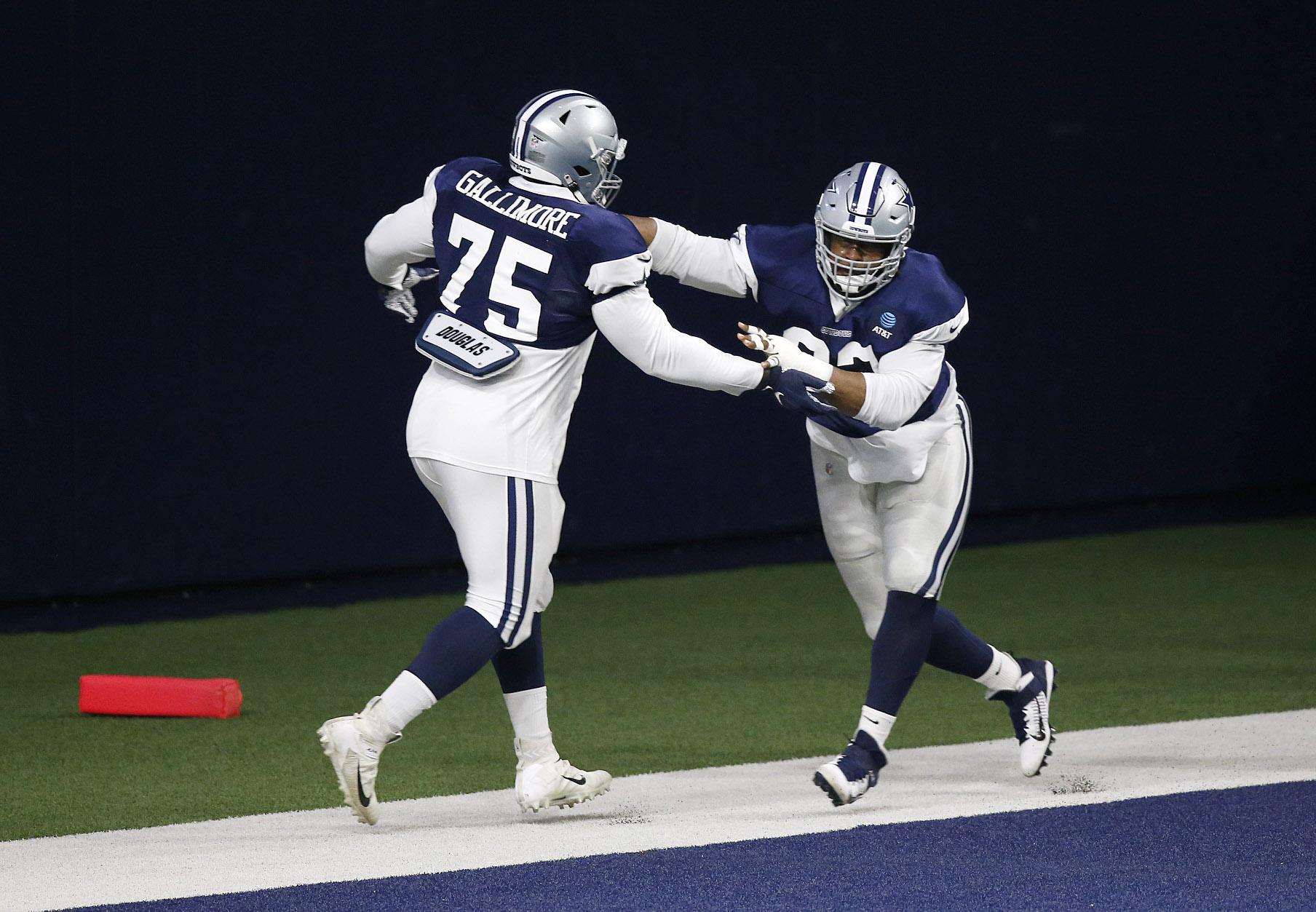 Cowboys DT Gerald McCoy ruptures quad tendon, is out for 2020 season