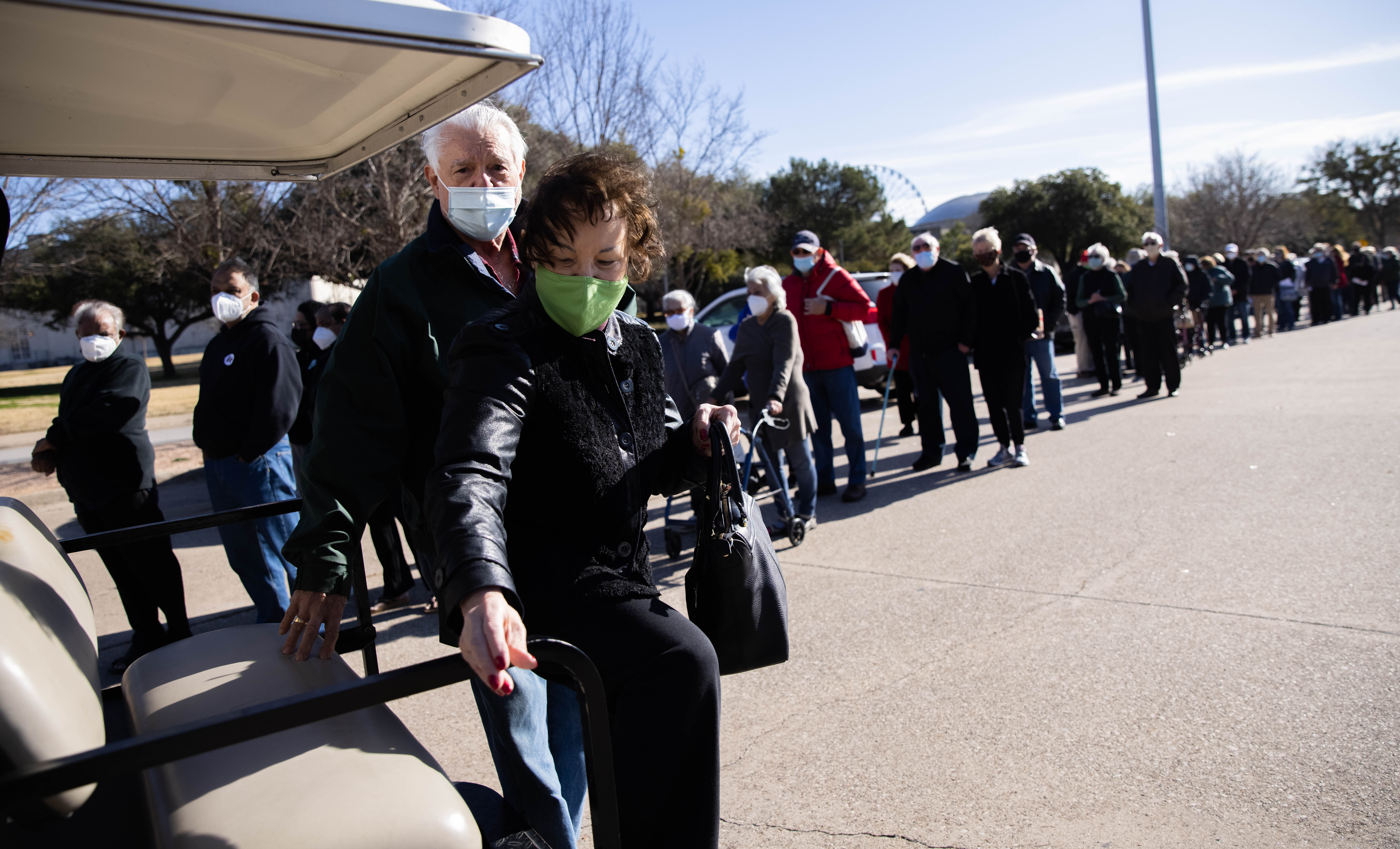 Covid Vaccines At Fair Park Aren T Going To Black Latino Residents As Officials Hoped