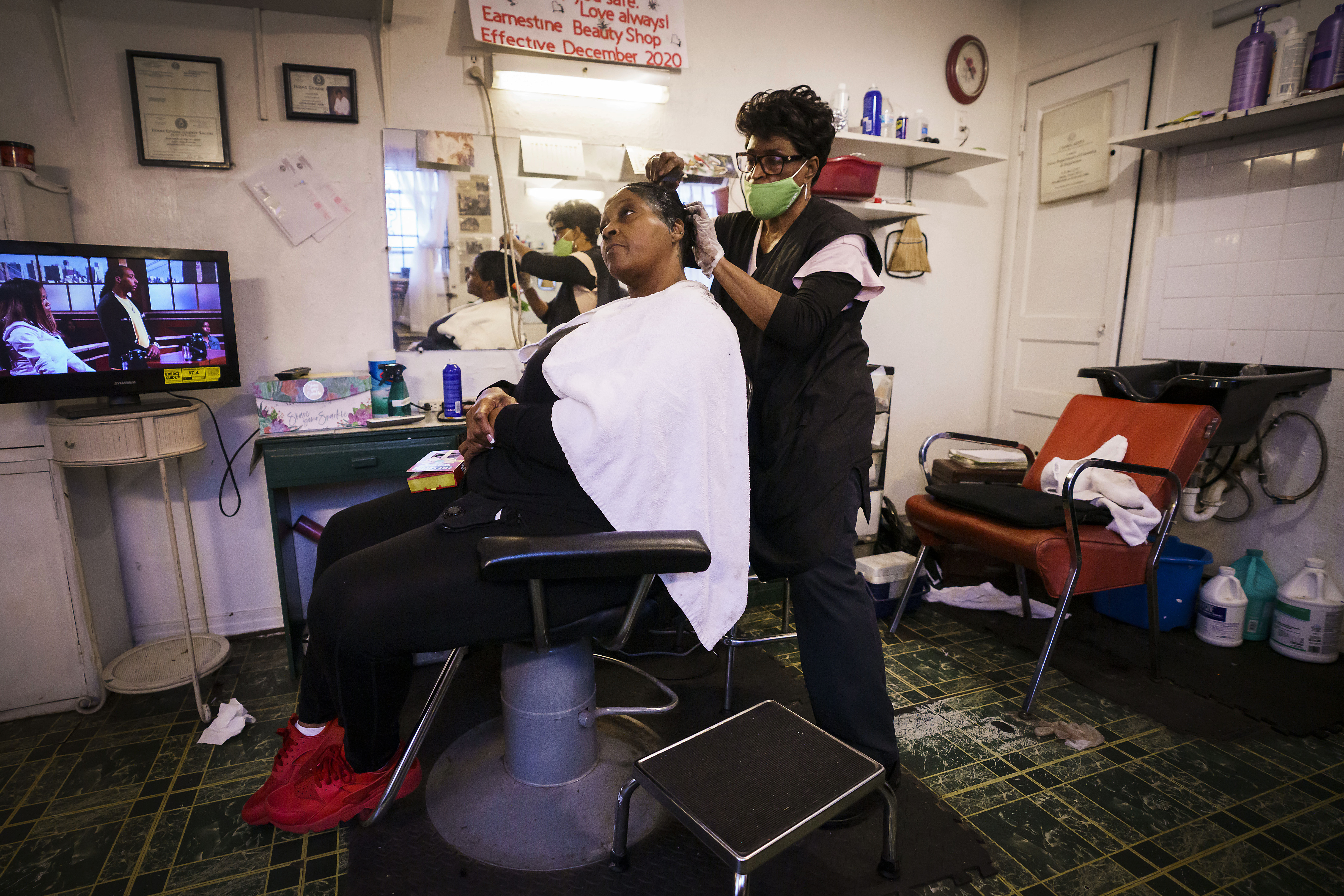 Journey fulfilled' Earnestine's Beauty Shop closes after 9 years ...