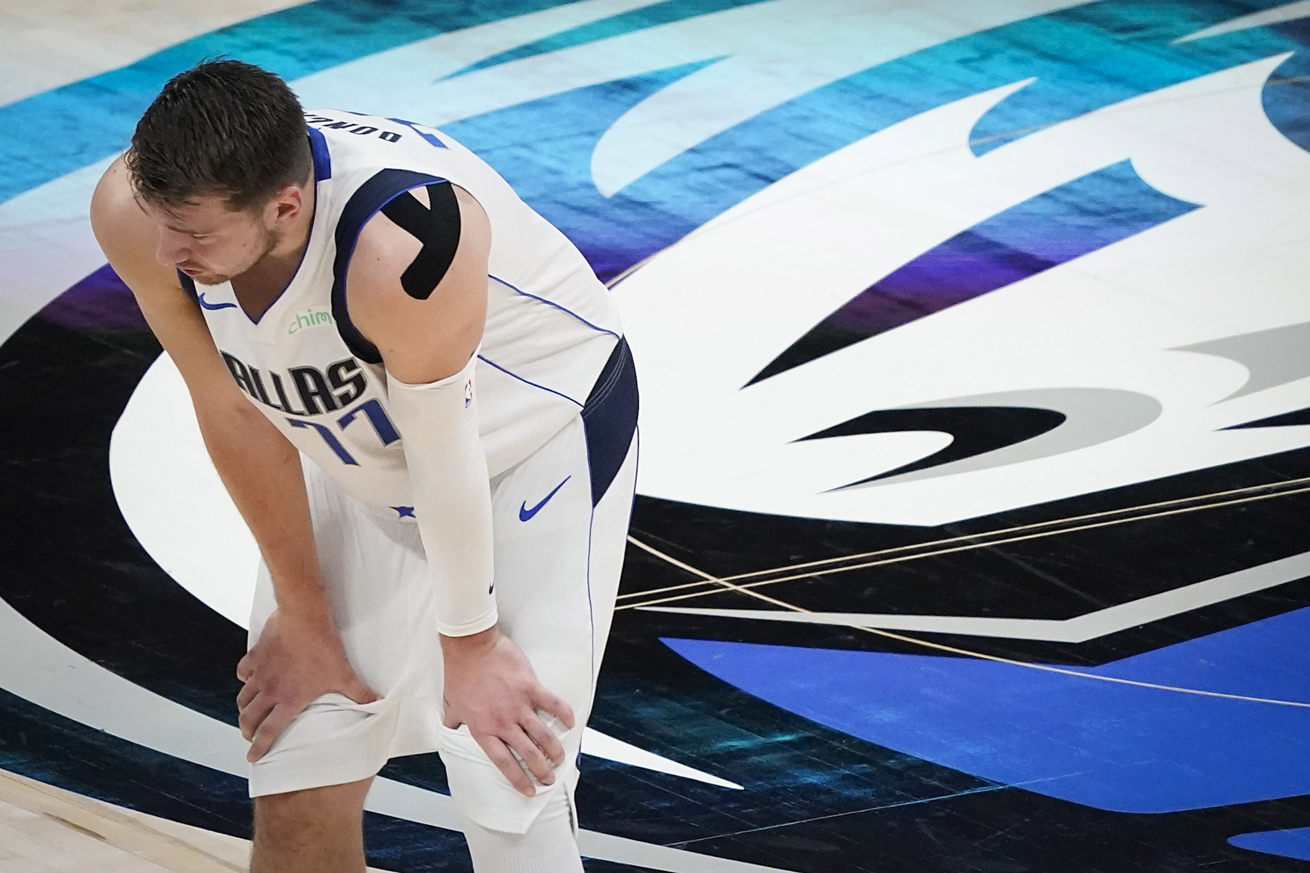 Mavs' Luka Doncic plays through neck pain, struggles with series-low  shooting in Game 4 loss to Clippers