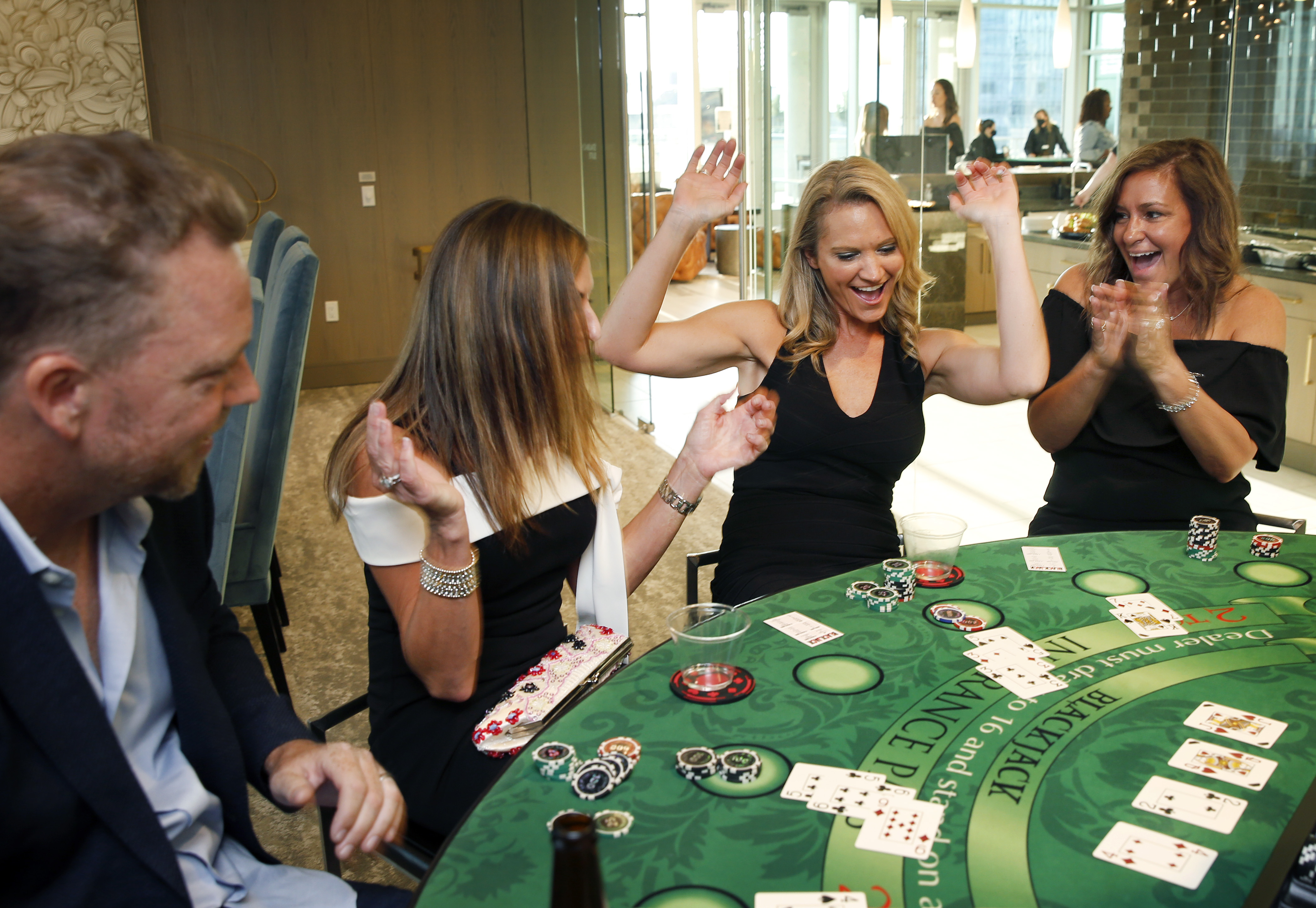 Most Texans want casino gambling, but lawmakers unwilling to roll the dice