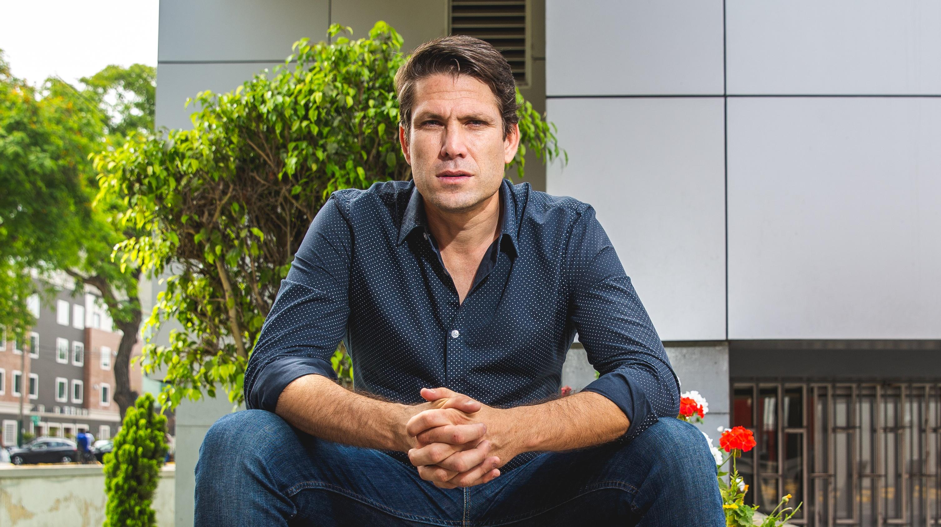 """Paco Bazán le responde a periodista chileno que criticó a Jefferson Farfán: """"¿A quién le ganaste?"""""""
