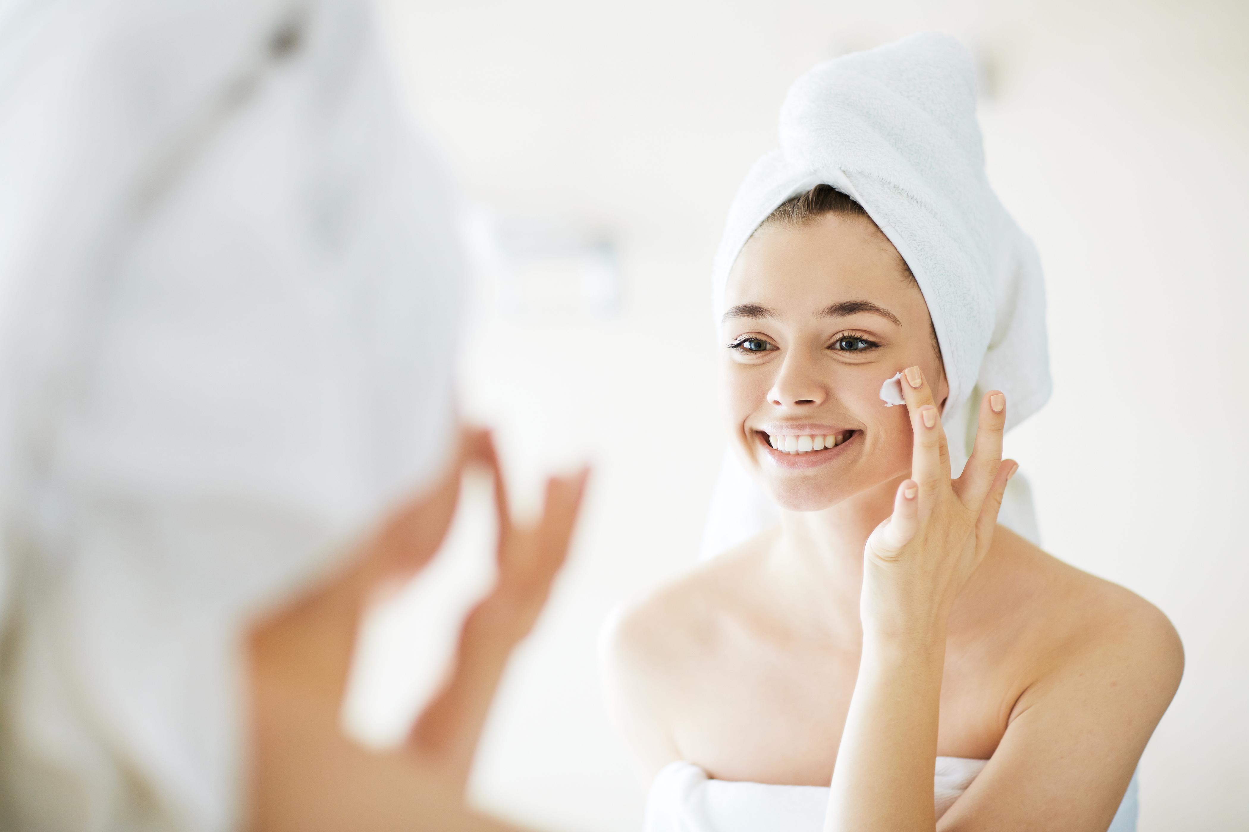 Belleza: ¿cómo cuidar la piel del rostro según tu edad?