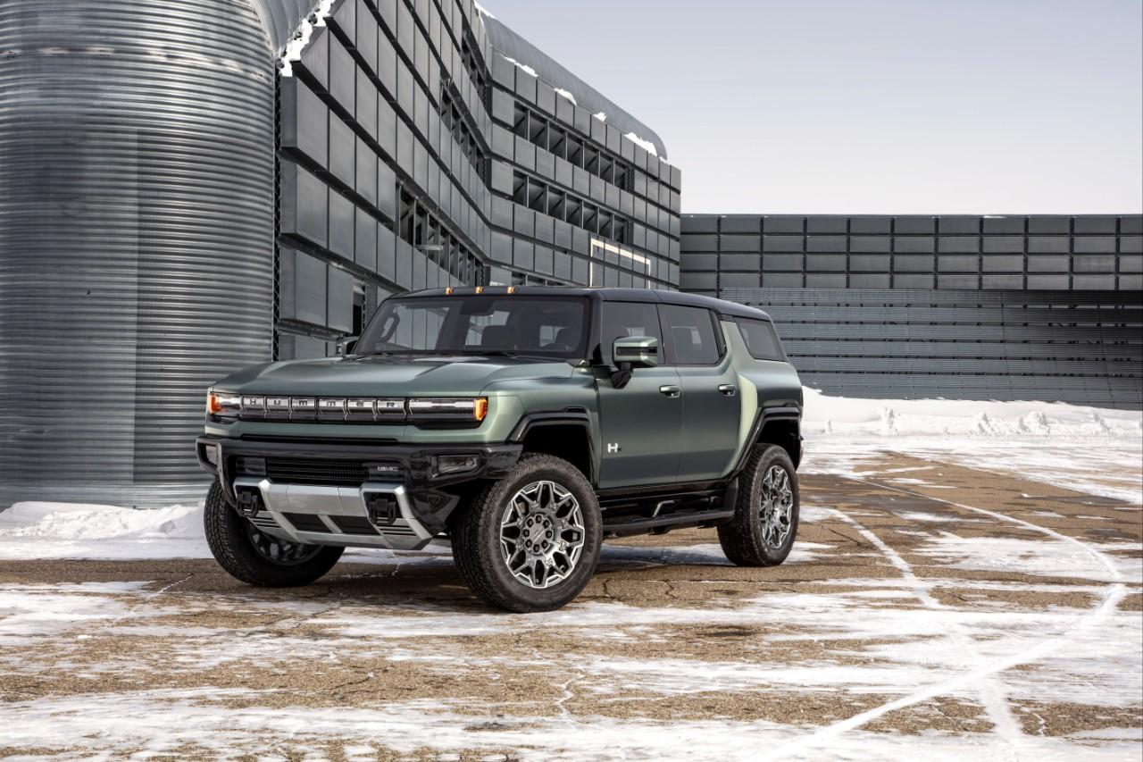 Así es la versión SUV de la Hummer EV que será entregada a sus compradores en 2023 | FOTOS