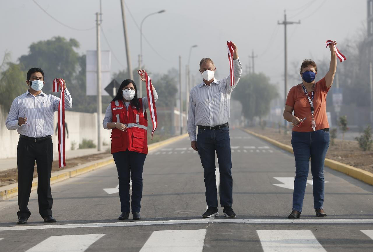 Municipalidad de Lima entregó 3,2 kilómetros de pistas y veredas en Lurigancho-Chosica FOTOS