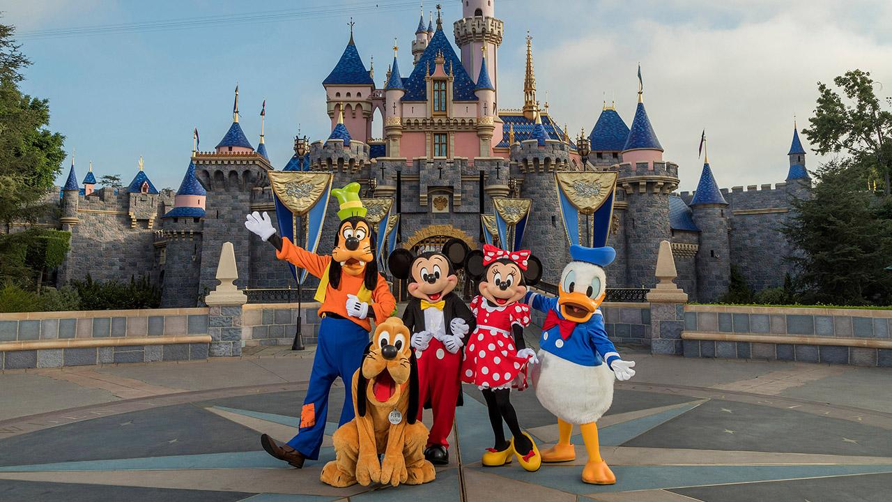 Reabre el parque temático Disneyland en California | MUNDO | GESTIÓN
