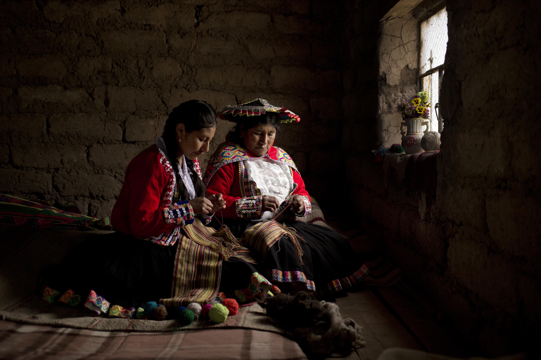 Victoria Quispe, la artesana que protege la tradición del telar cusqueño con técnicas milenarias