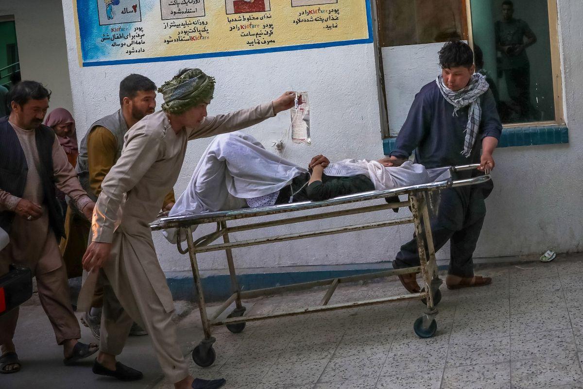 Al menos 25 muertos en un atentado cerca de una escuela femenina en Afganistán | FOTOS