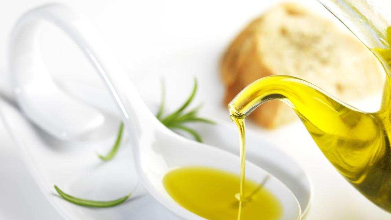 Belleza: ¿cómo podemos usar el aceite de oliva en nuestra rutina diaria?