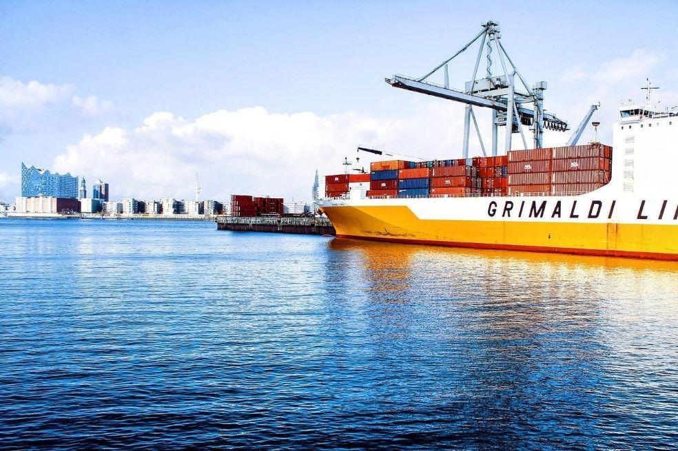 Uno de los beneficios que busca Mercosur es el de reducir los costos de transporte para la exportación e importación.