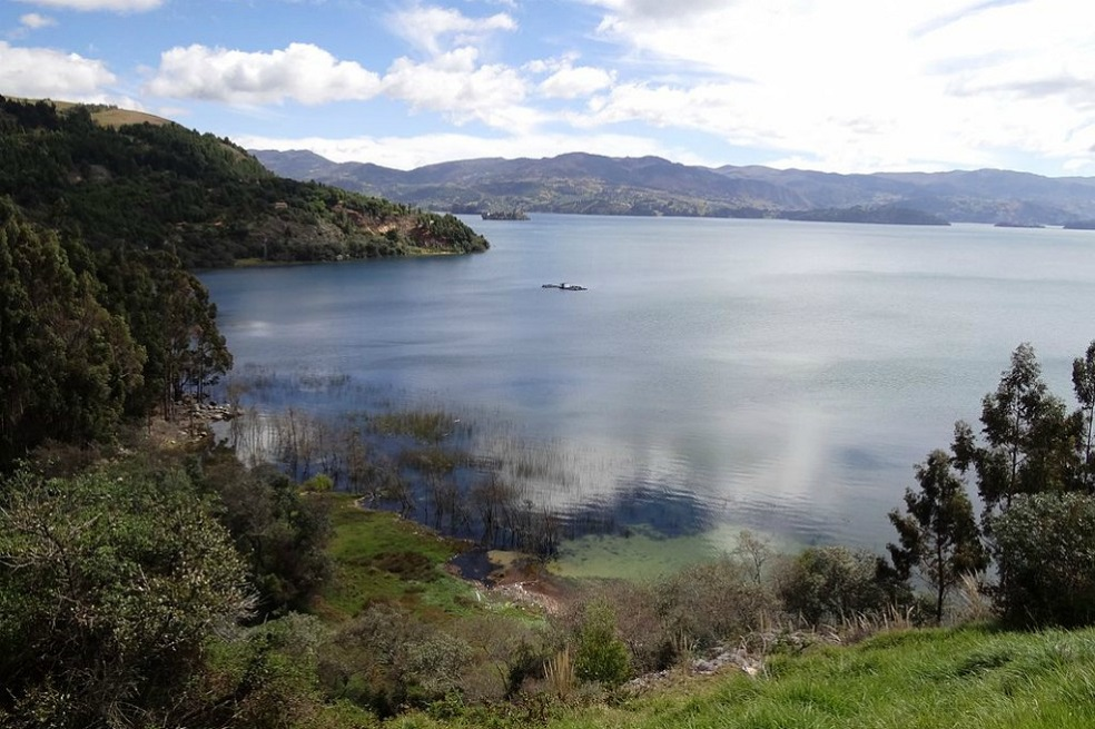 Lago de Tota es premiado como uno de los mejores destinos verdes de las  Américas | EL ESPECTADOR