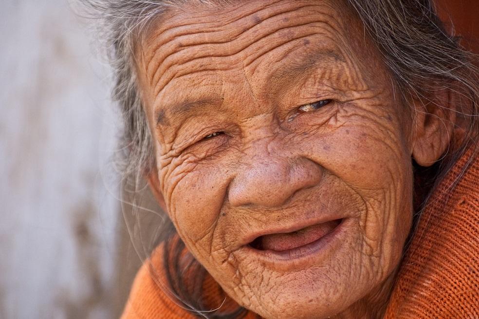 Las personas que viven 100 años tienen algo en común y no es una dieta sana  | EL ESPECTADOR