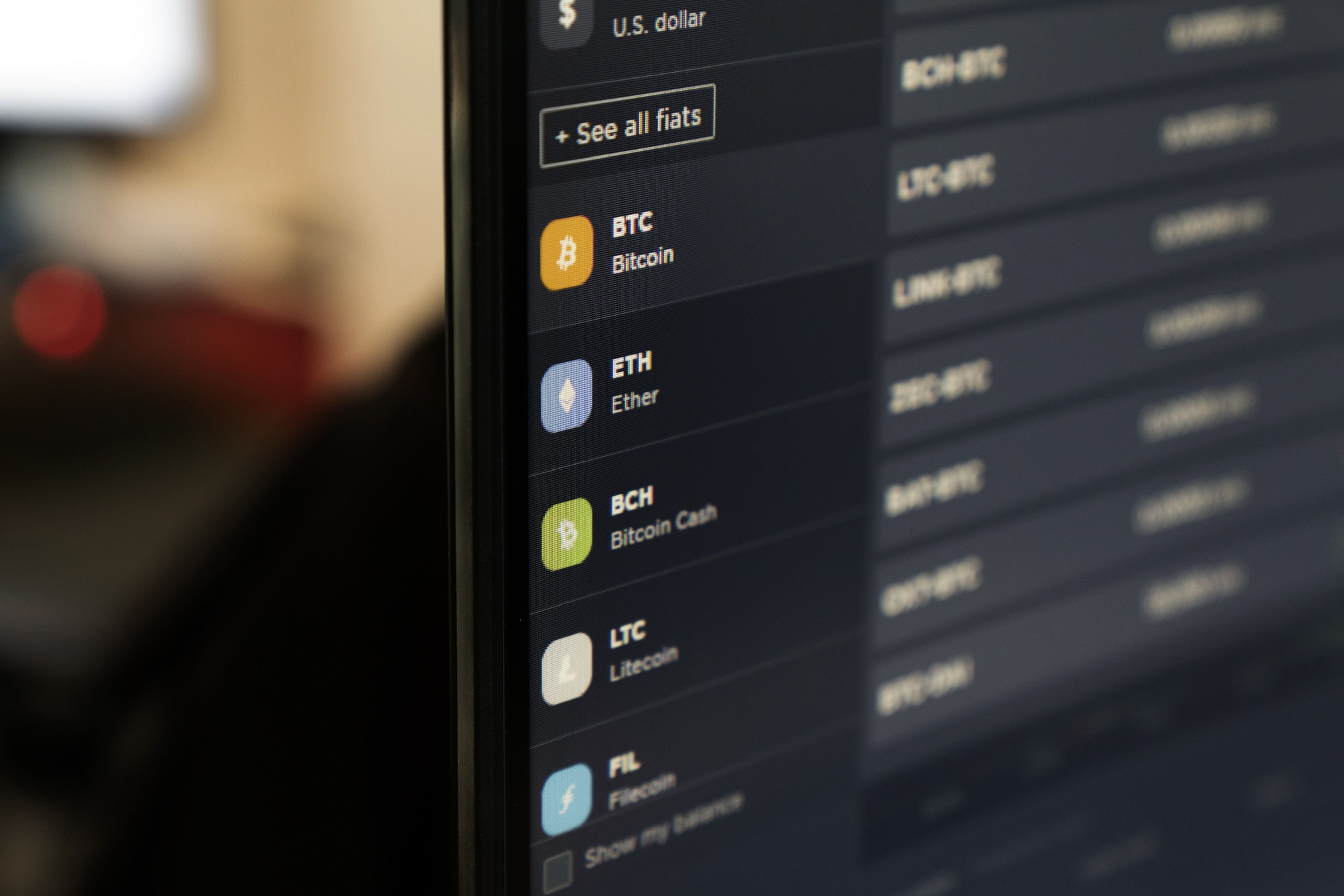 bitcoin furculiță 28 decembrie bitcoin cloud mining contract