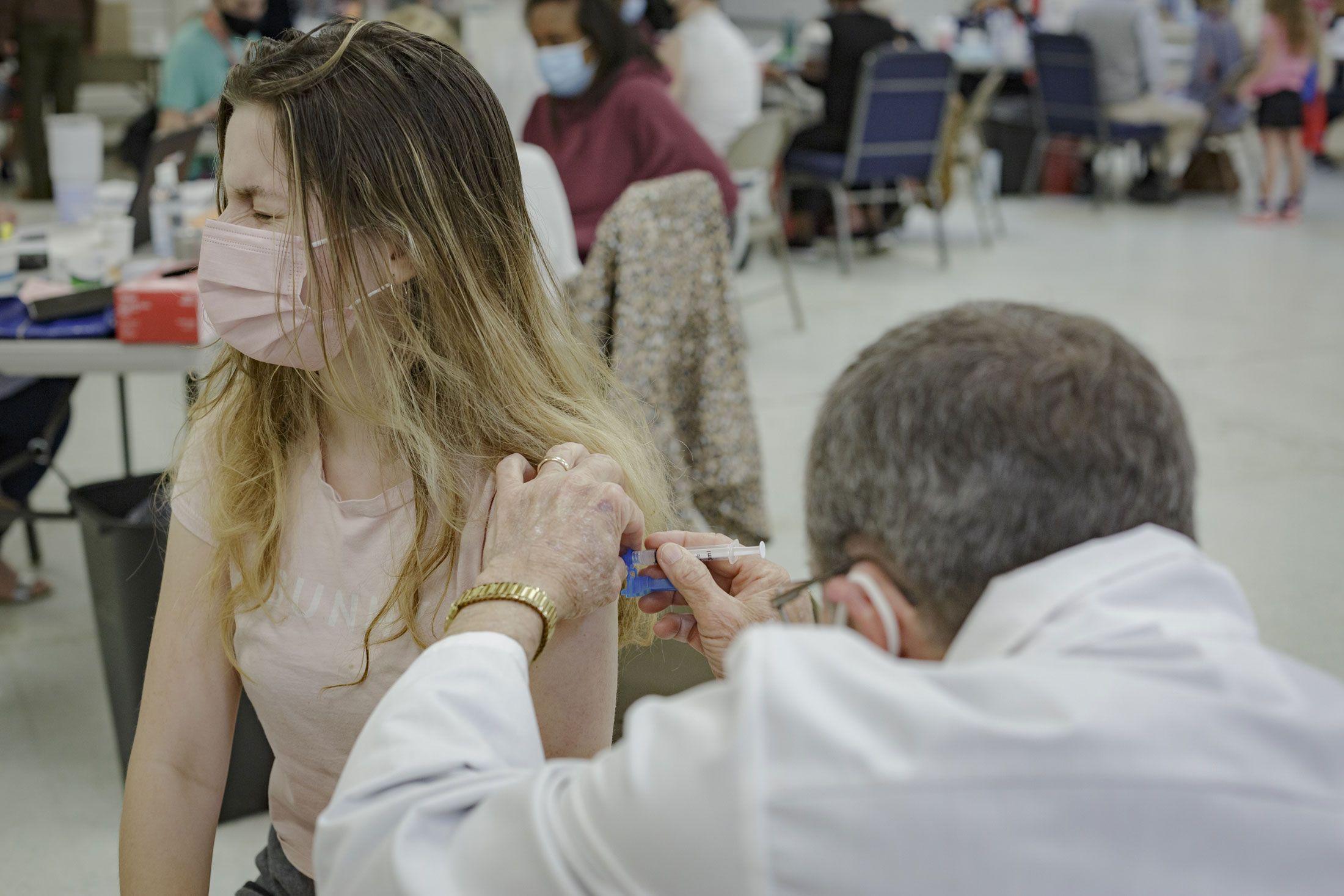 En México nos preocupa que faltan millones de vacunas COVID... en EU se  preocupan porque sobran – El Financiero