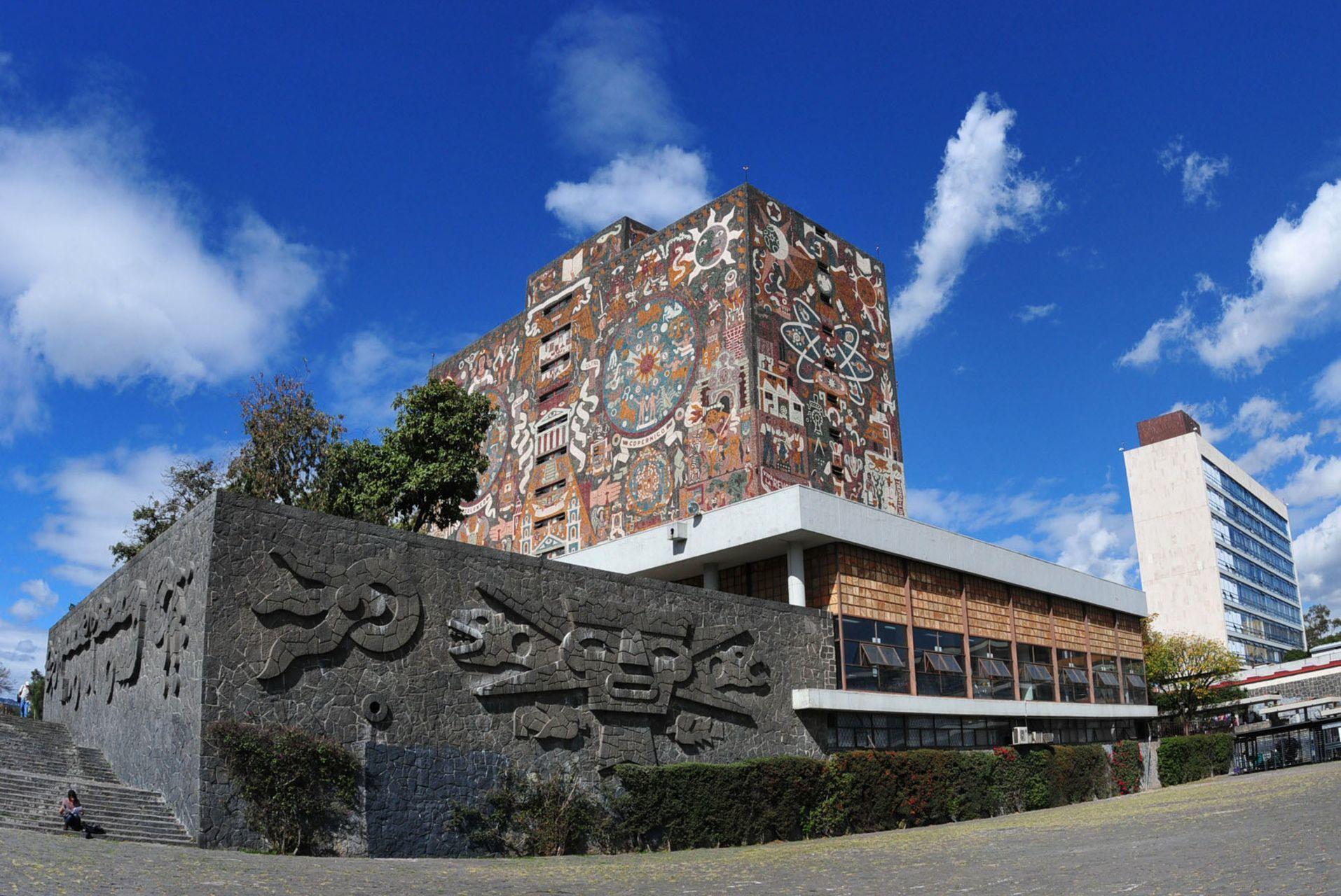 UNAM dice a AMLO: regreso a las aulas será con semáforo verde y todos los estudiantes vacunados