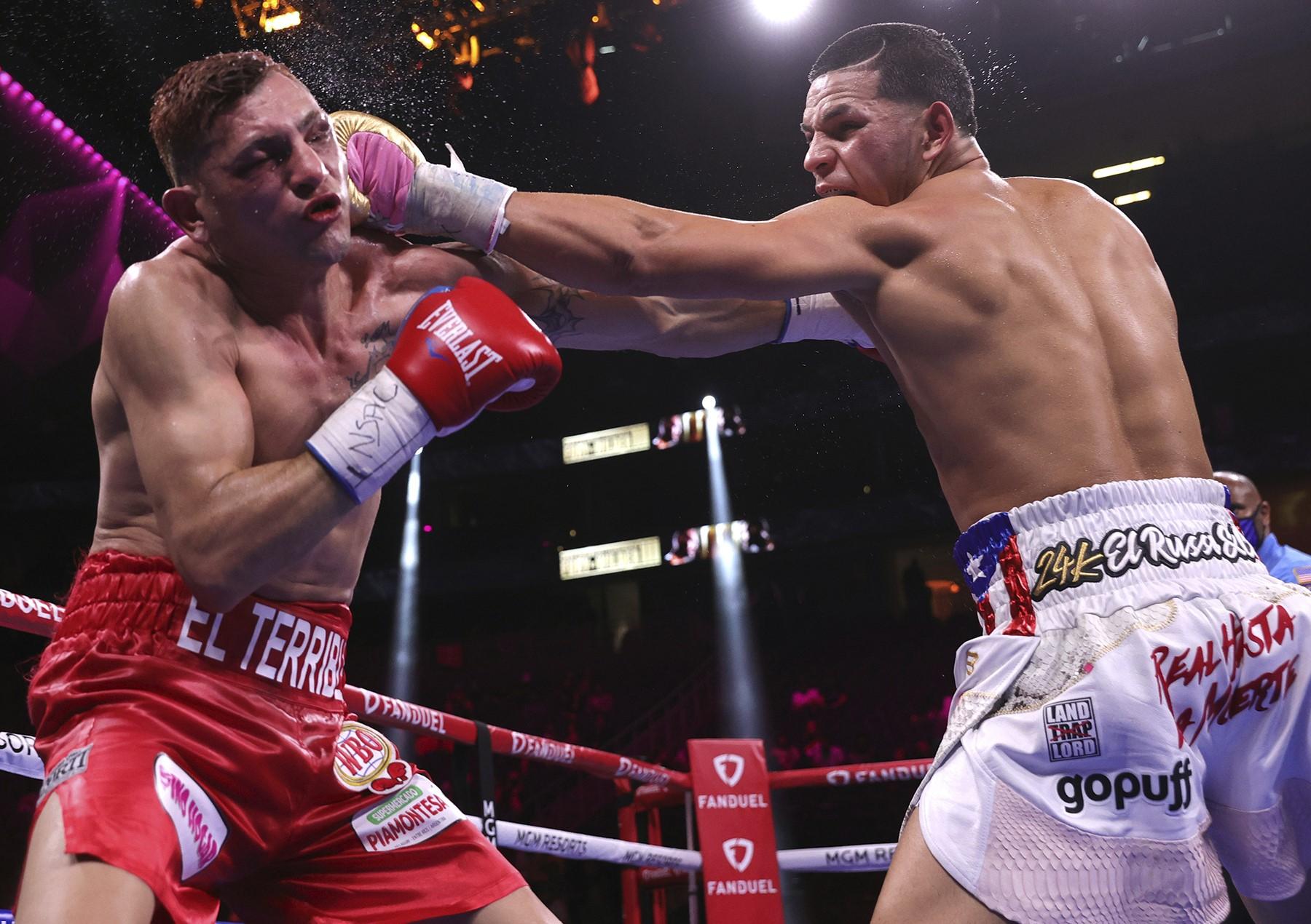 Edgar Berlanga salió lesionado de su combate ante Marcelo Cóceres y es incierto si peleará en diciembre