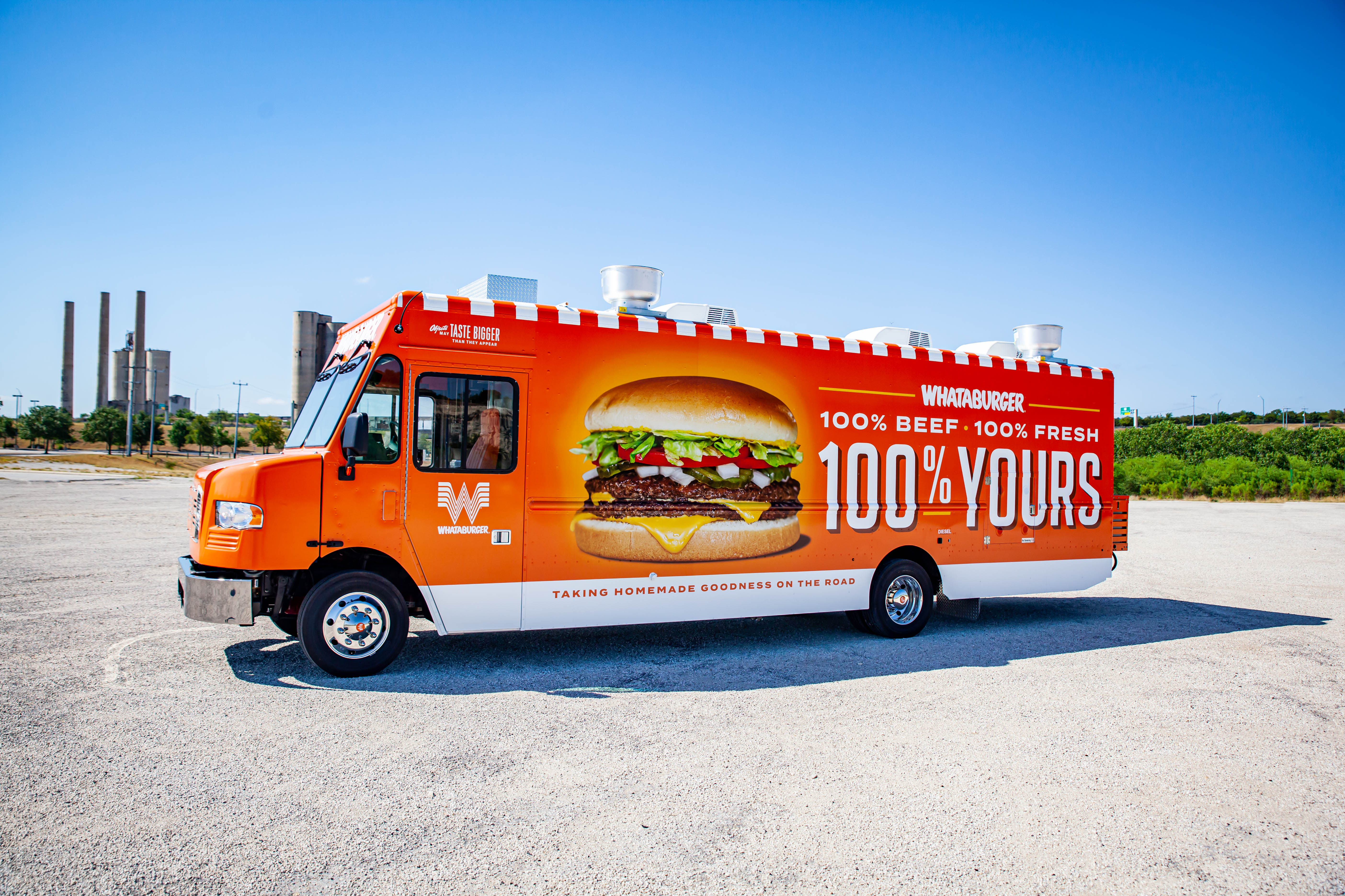 Whataburger On Wheels Texas Favorite Fast Food Joint Unveils A Food Truck For 70th Anniversary
