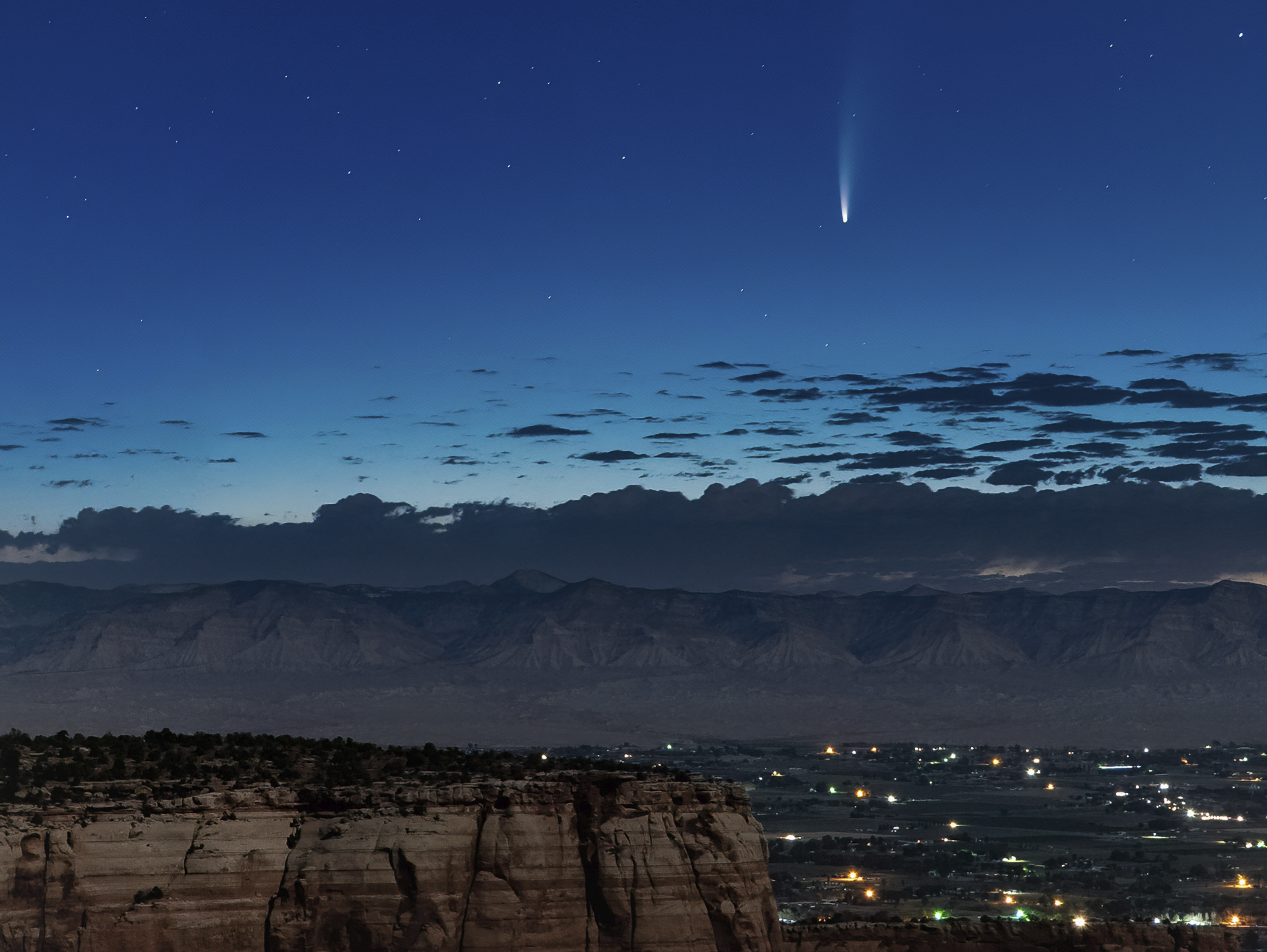 see comet neowise now visible in the evenings through the middle of july https www clickorlando com weather 2020 07 15 see comet neowise now visible in the evenings through the middle of july