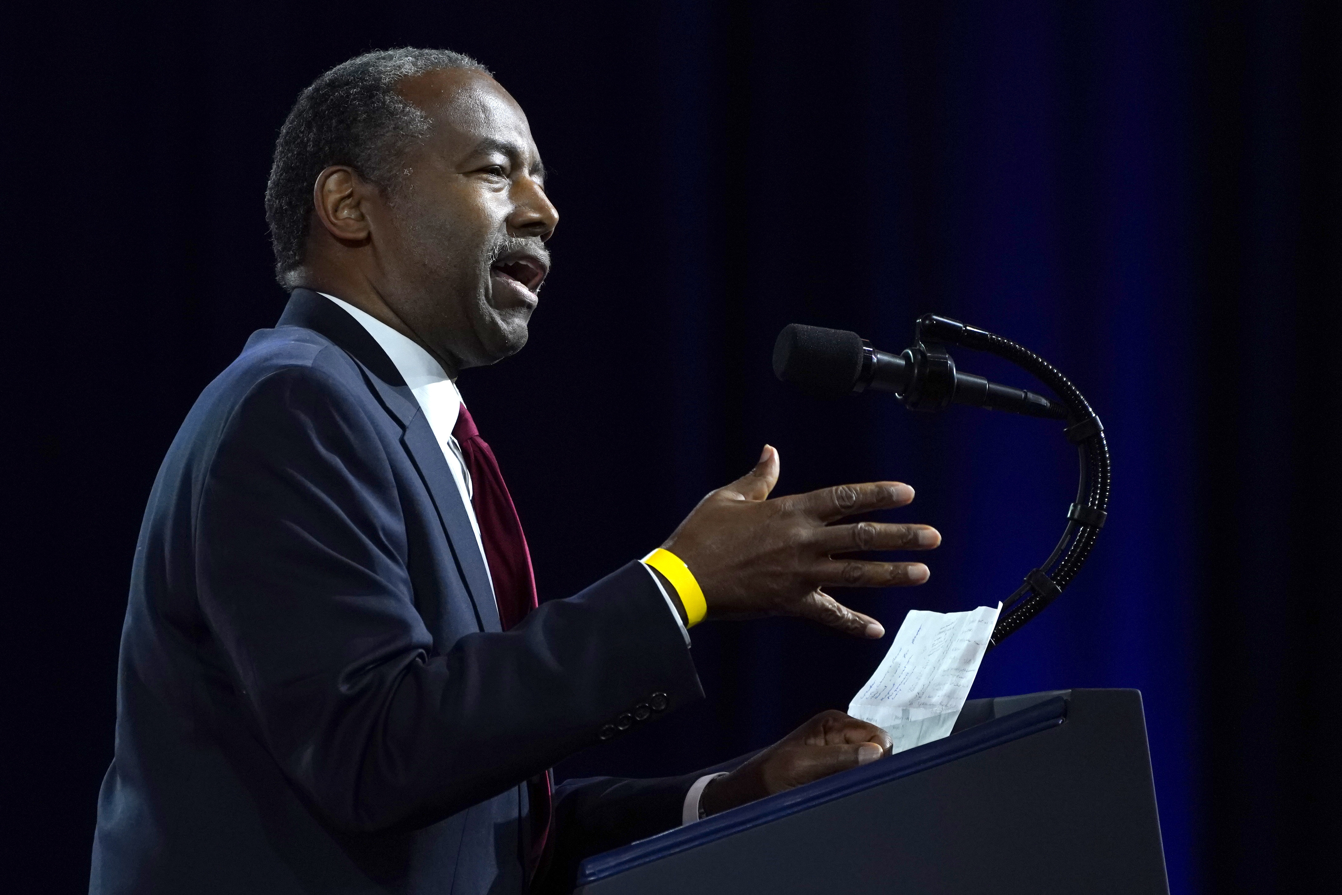 Hud Secretary S Notes Show He S Upset With Wh Appointments Prabhu had told the staffer that he'd look into the pf issue after the covid outbreak ends, said police. https www ksat com news politics 2020 09 25 hud secretarys notes show hes upset with wh appointments