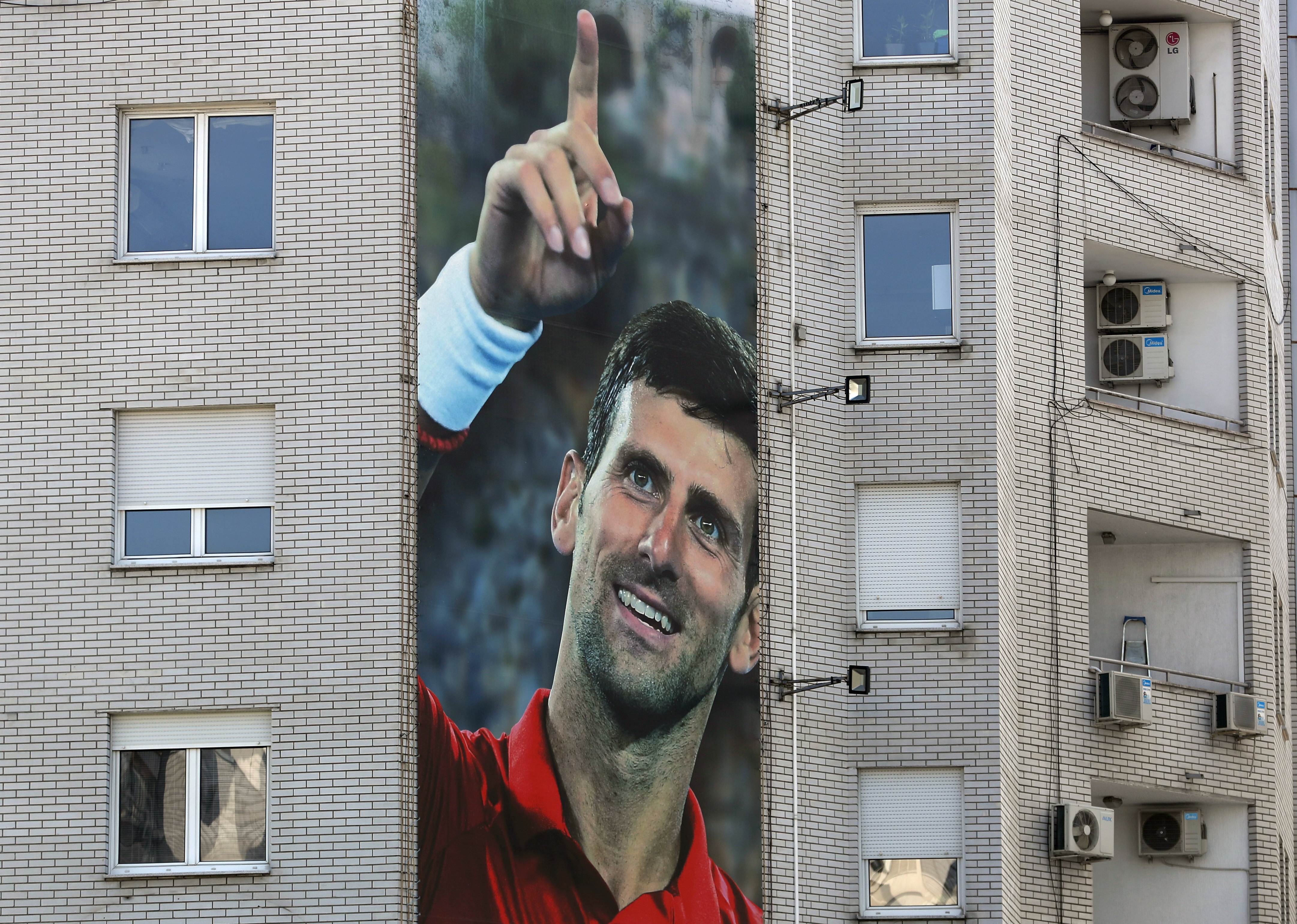 Djokovic S Parents Defend Their Son Blame Another Player