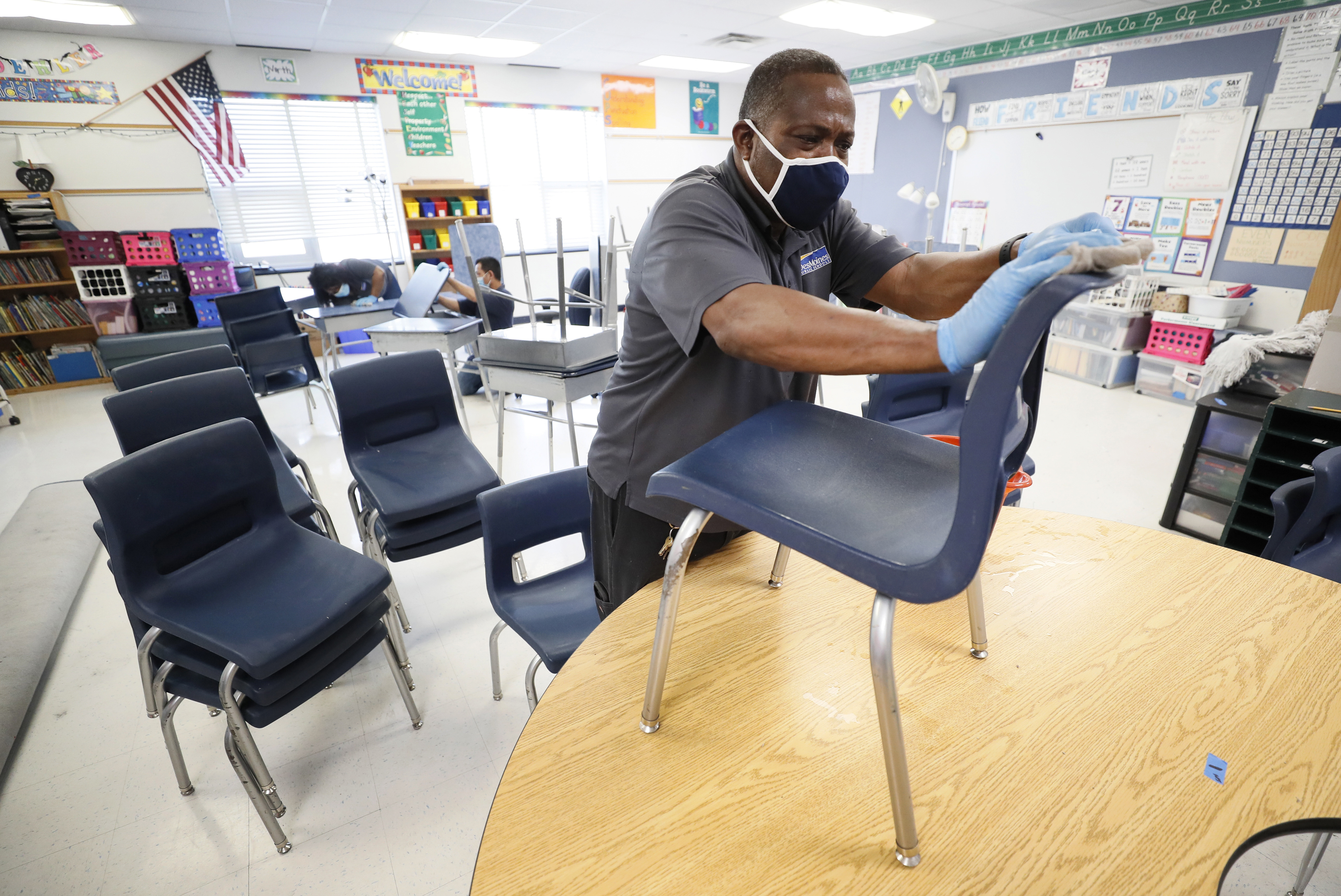 Texas Superintendents Ask Gov Abbott For Flexibility On In Person Learning Funding For Schools