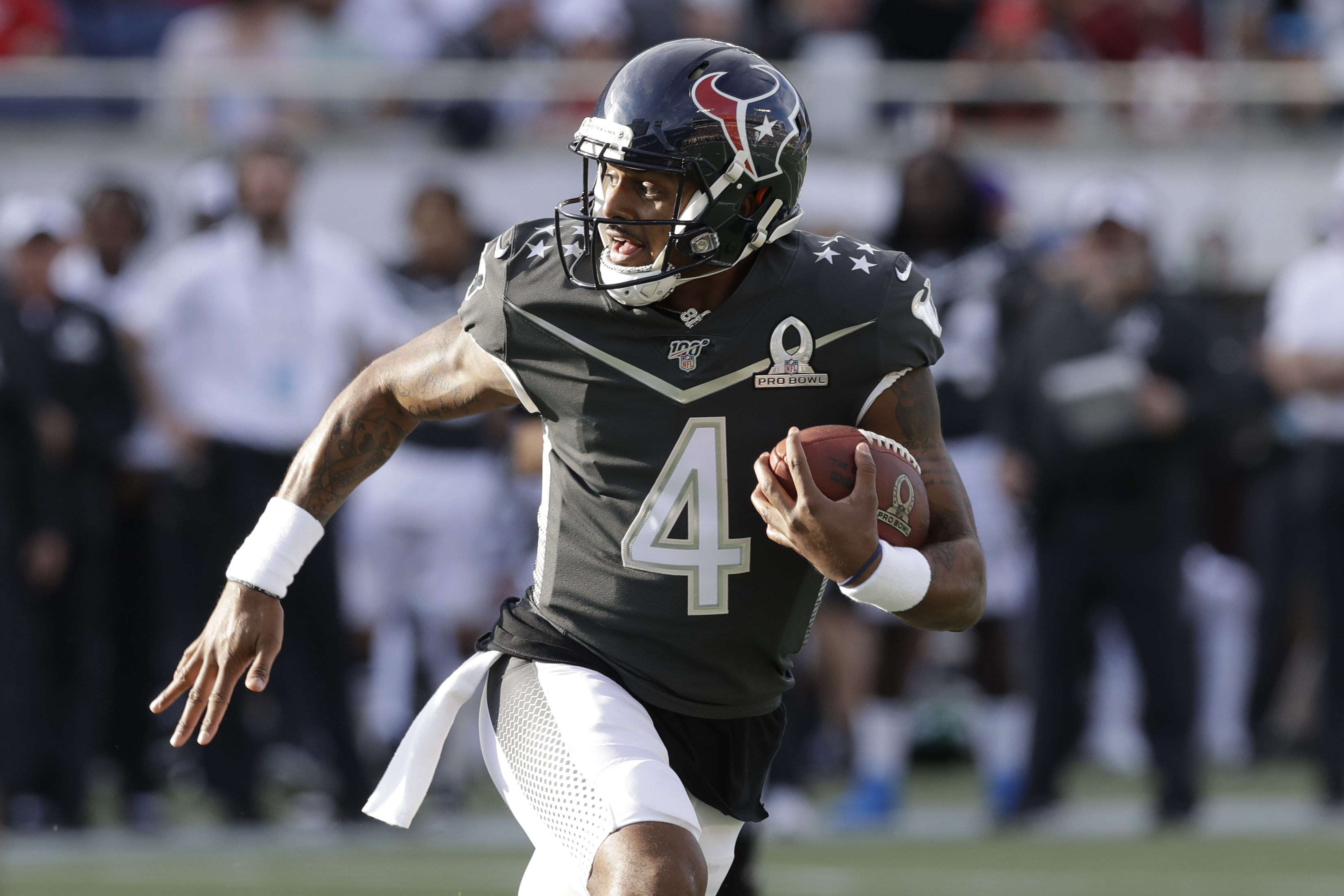 Watson poised to lead Texans offense with Hopkins in Arizona