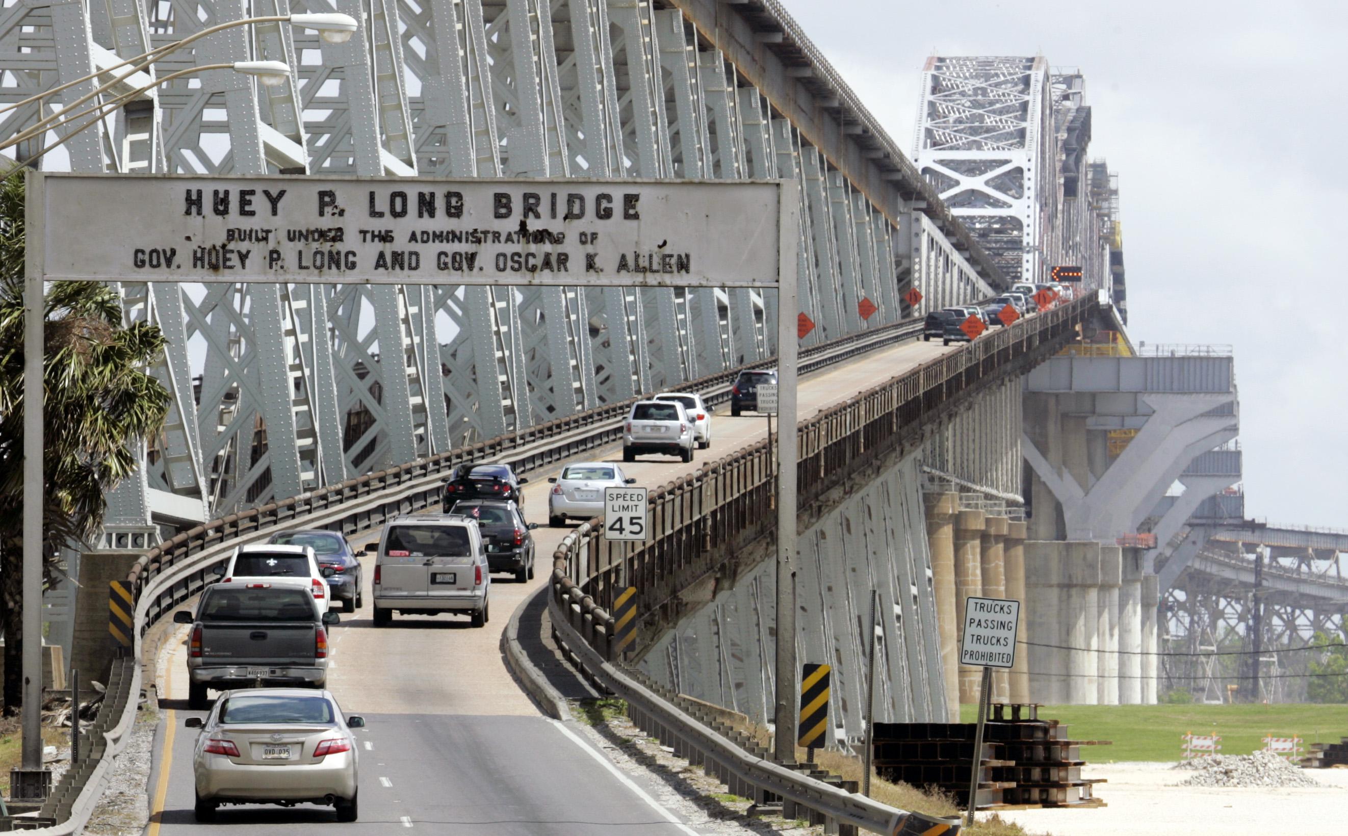 JPSO: Man shot on the Huey P. Long Bridge