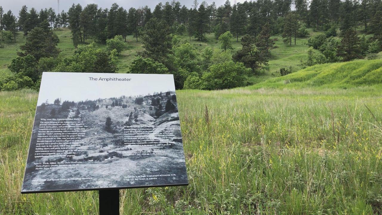 New Sign Explains History Of Skyline Wilderness Park Amphitheater