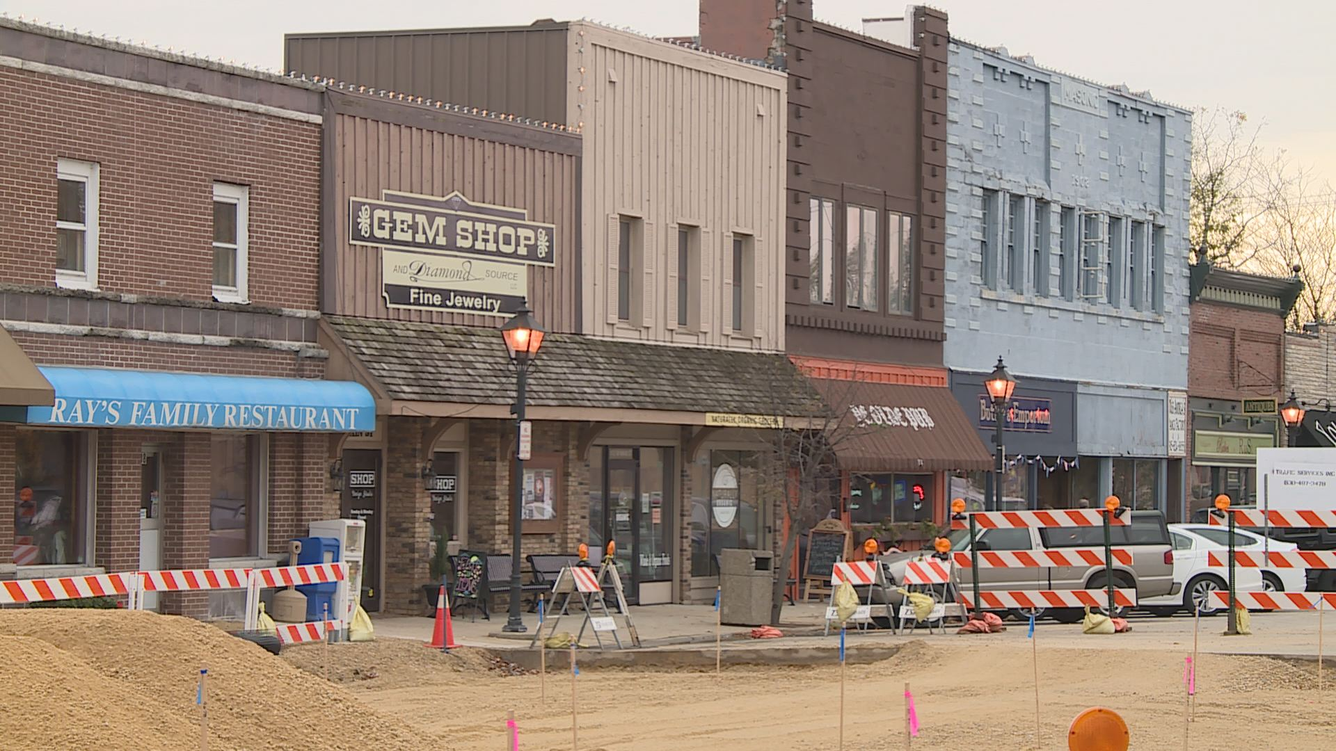 Village Of Rockton Looking Into A Downtown Hotel