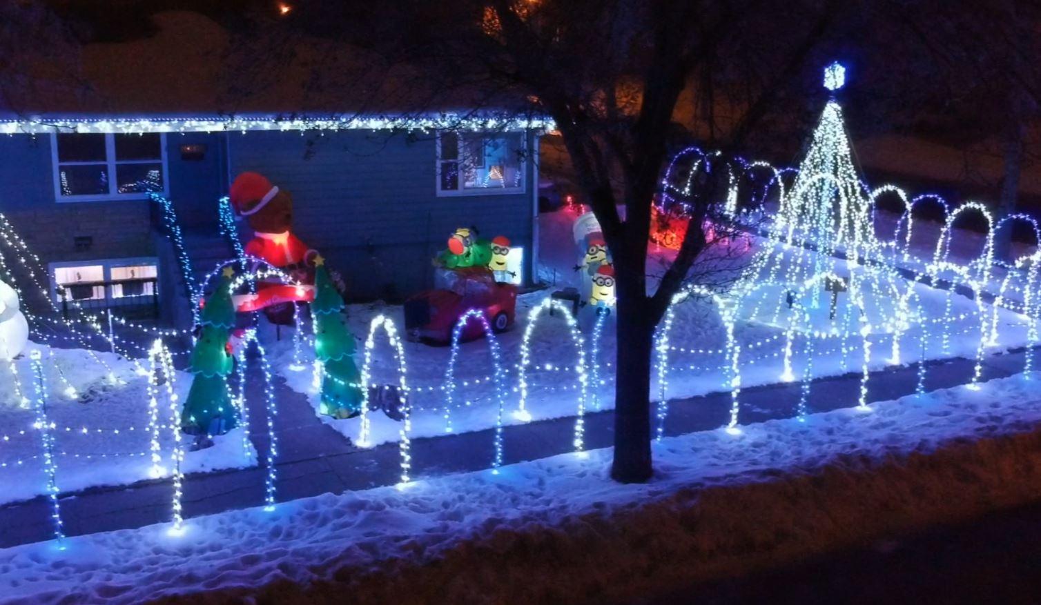Christmas Lights Bismarck Nd 2020 Christmas kindness keeps the lights on