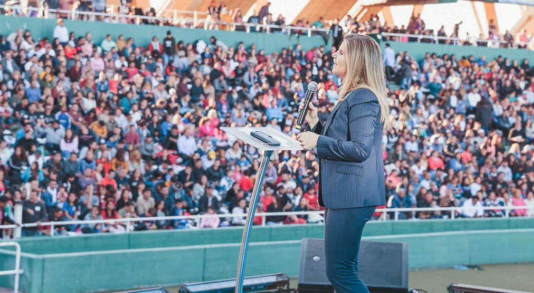 Cynthia Hotton arma un frente en Córdoba, con la empresaria Mery Lunge como  candidata a diputada   Política   La Voz del Interior