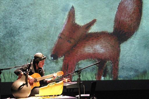 """Jorge Martín, en uno de sus espectáculos """"Música para leer a El Principito."""