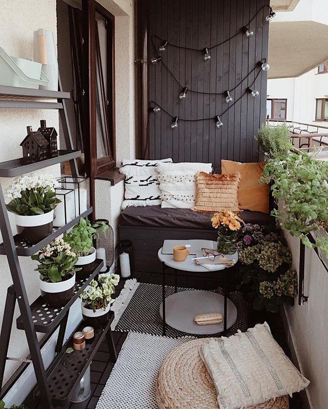 Quienes viven en departamento, los balcones se transformaron en el espacio de descanso y la búsqueda de naturaleza.