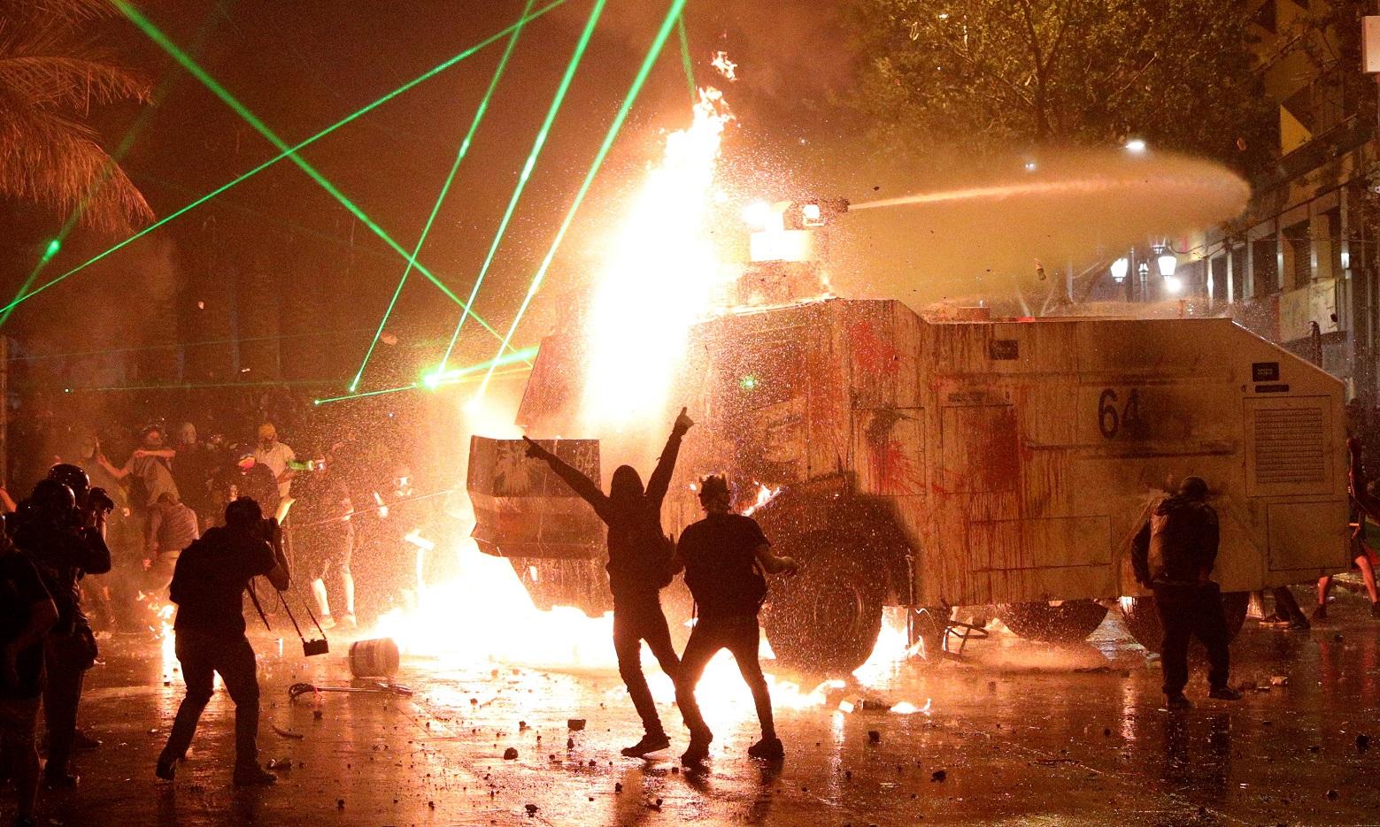 Incidentes en el aniversario del estallido social en Chile -