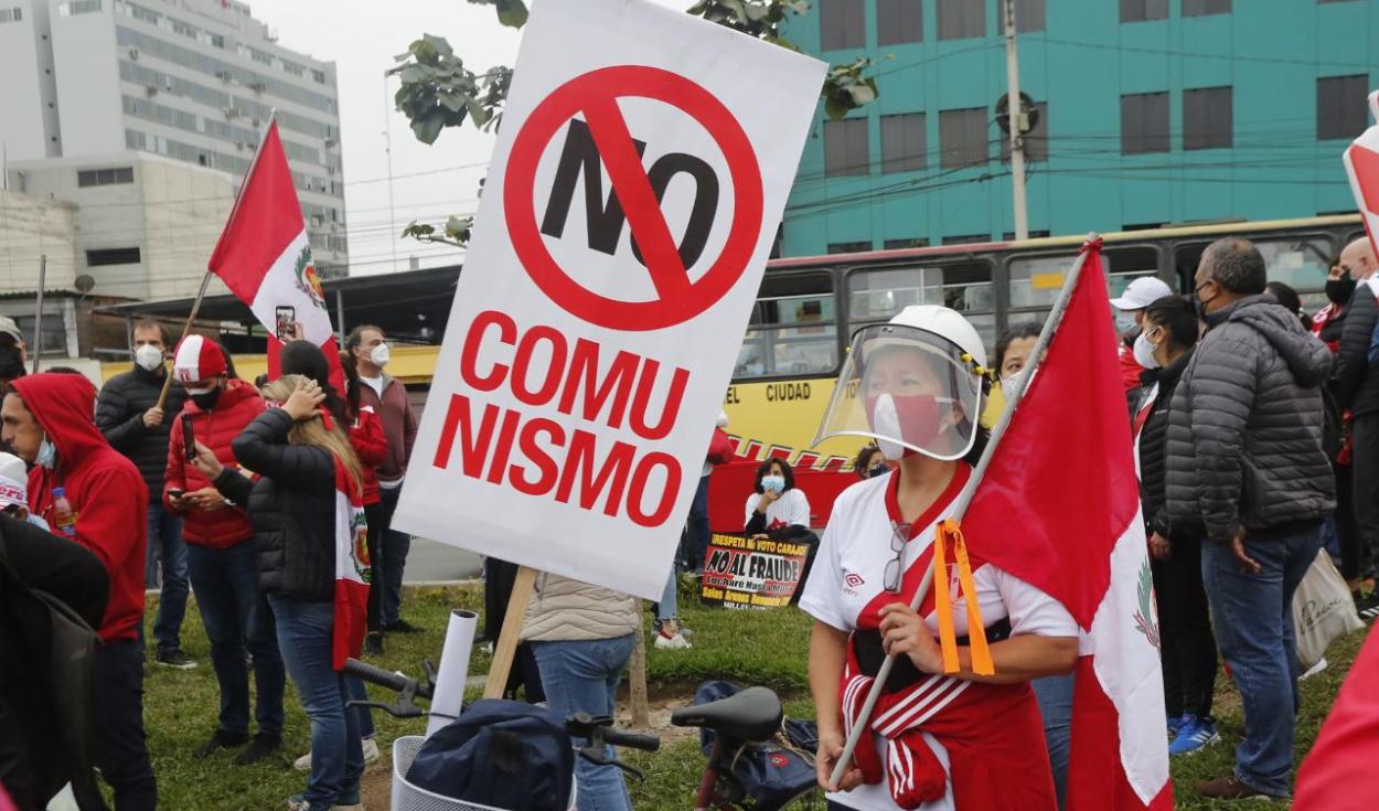 Marcha a favor de Keiko Fujimori.