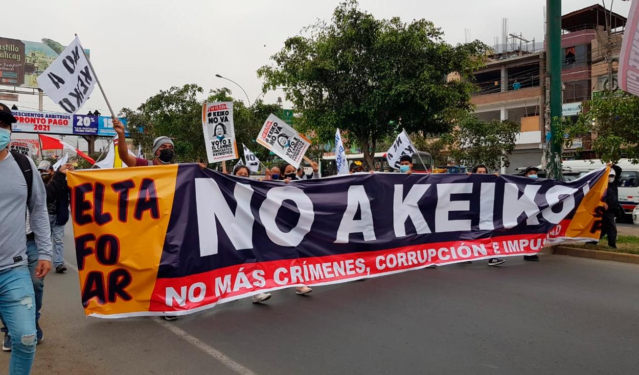 Vecinos de Comas marchan contra Keiko Fujimori