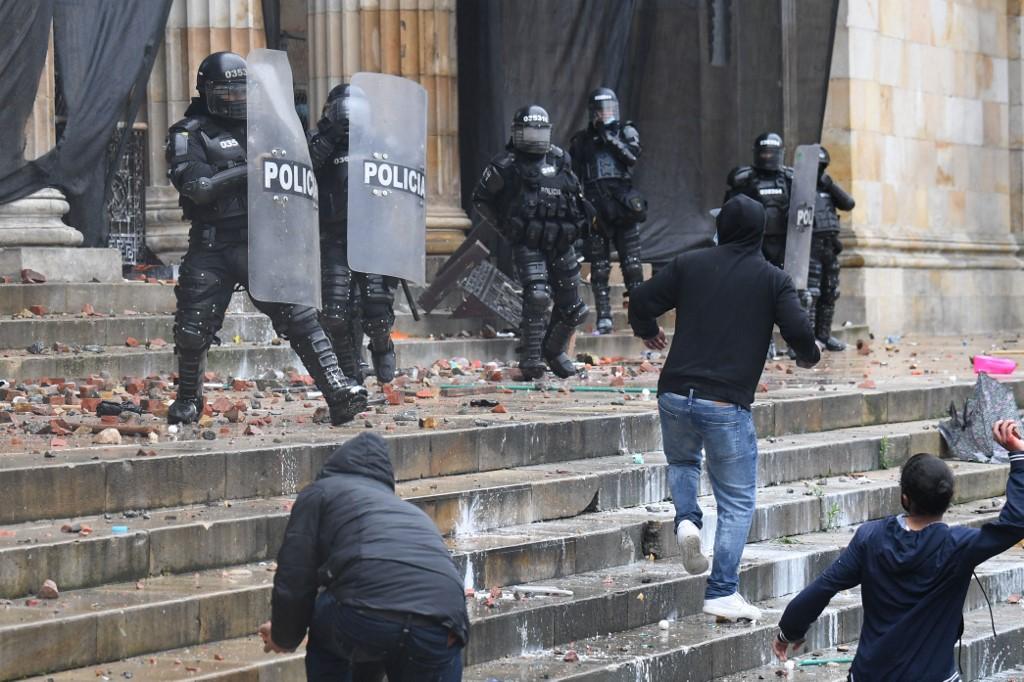 Colombia: Enfrentamientos en el Congreso