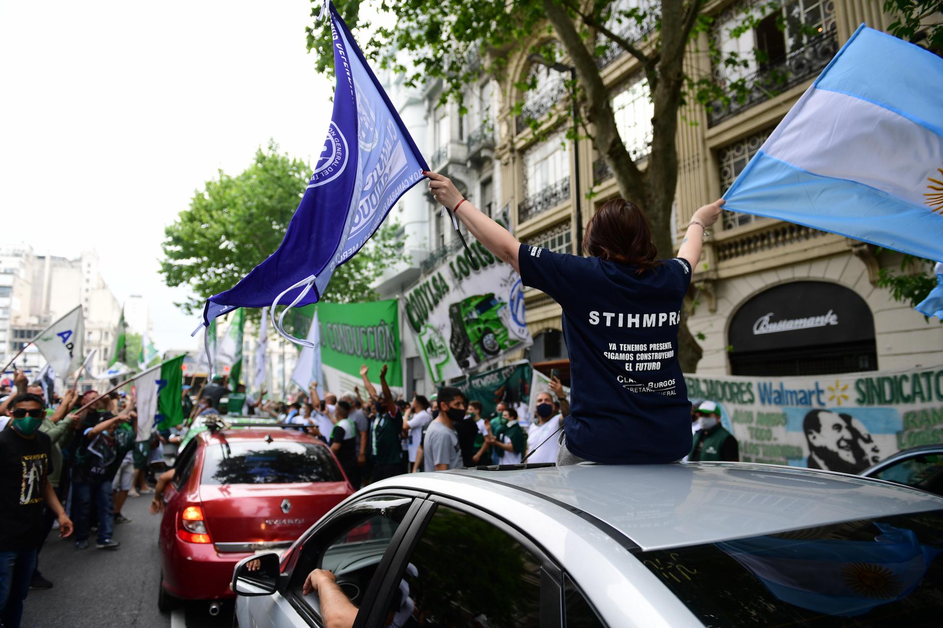 La caravana partió de 9 de Julio y Belgrano en dirección al Obelisco
