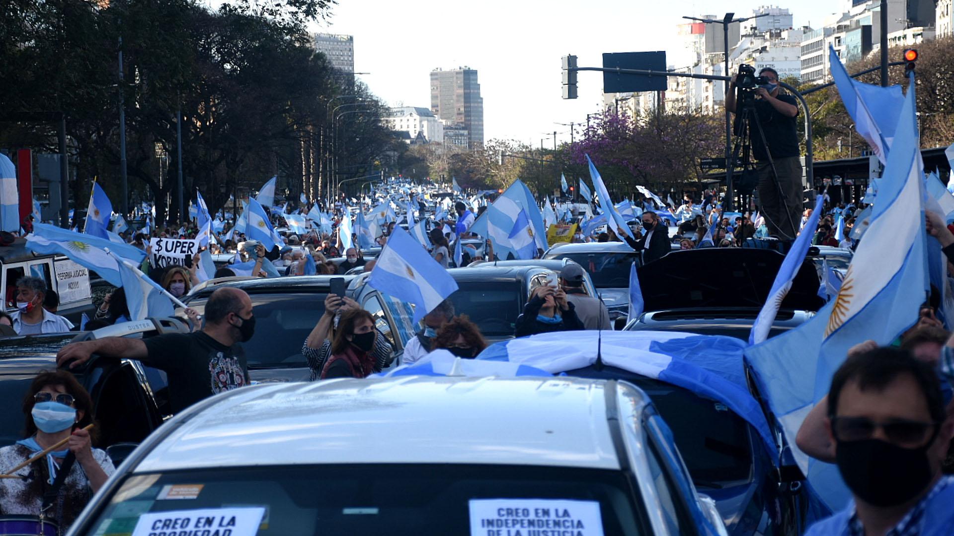 Las principales críticas de los manifestantes fueron contra el kirchnerismo