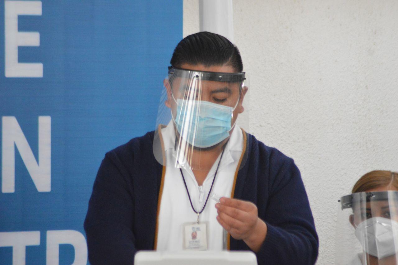 Inicio la vacunación contra el Covid-19 a personal médico de la entidad, la cita fue en el hospital Tercer Milenio, en esta primera etapa se aplicarán 4,800 dosis. Ciudad de México, México. 13 de enero de 2021.