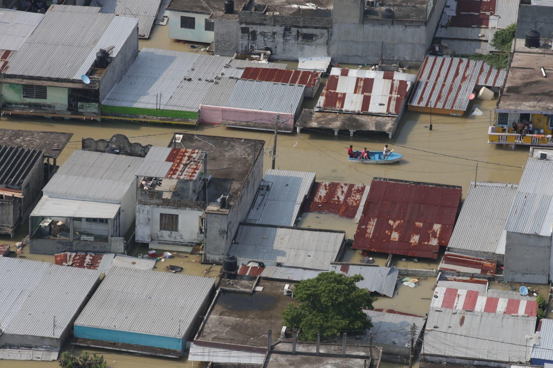 Ostucán, Chiapas, 8 de noviembre de 2020. Imágenes del desfogue de la Presa Ángel Albino Corzo