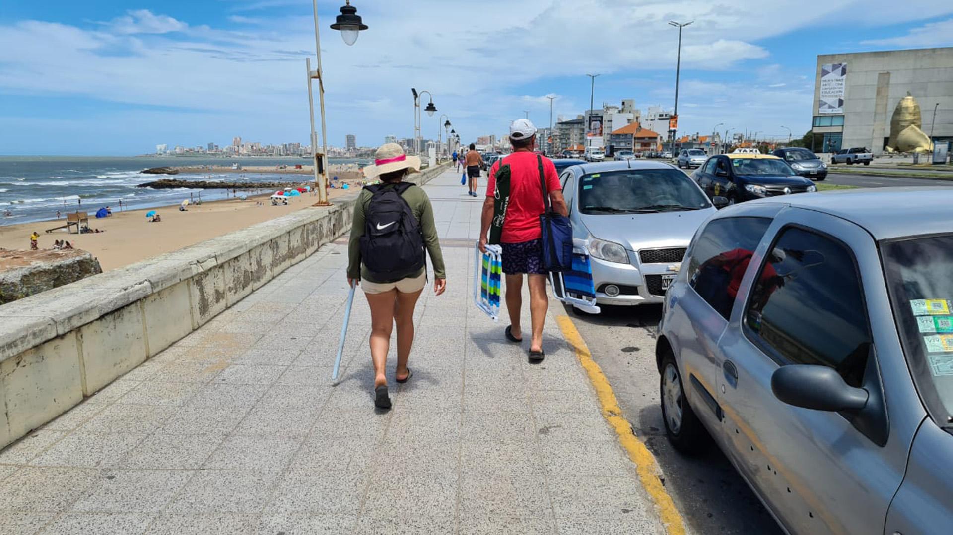"""""""La ocupación es baja pero coherente con el año que vivimos. Las playas ya bastante ocupadas están, no puede estar desbordadas. La demanda es baja pero tiene que ver con la temporada"""", dijo Rodrigo Sanz, integrante de la Comisión de Turismo del Colegio de Martilleros de Mar del Plata, a Infobae"""