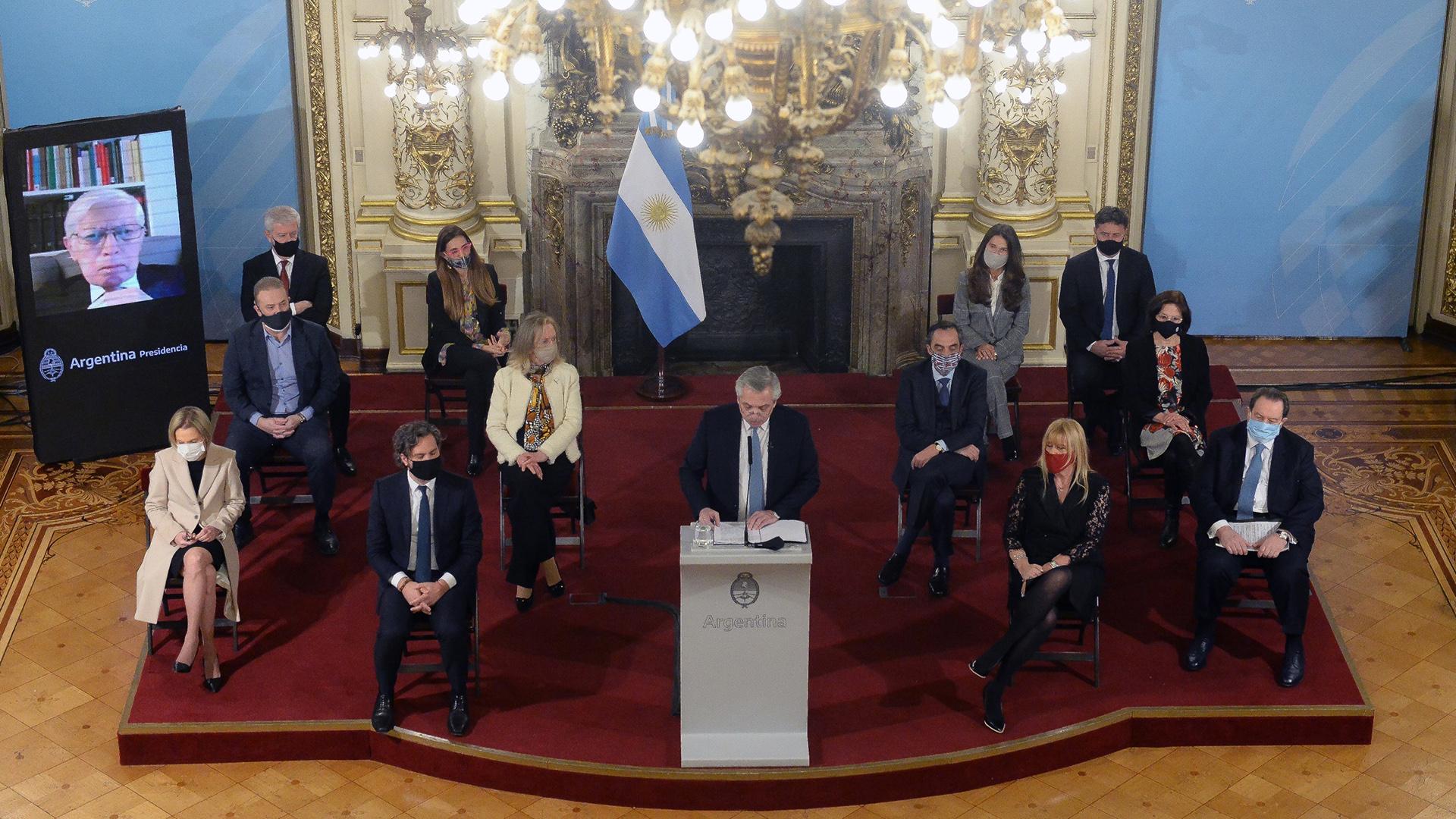 El Jefe de Estado estuvo rodeados por jurístas, ministros y autoridades de las distintas provincias