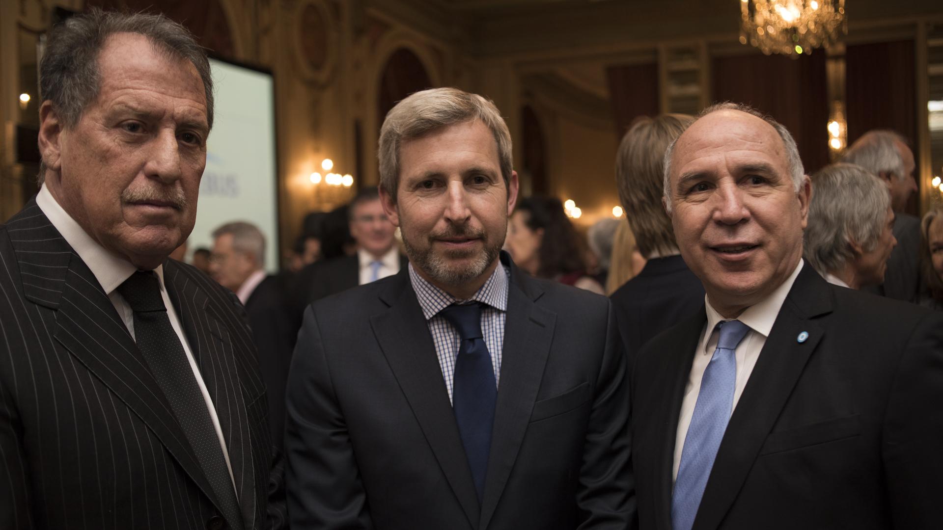 Jorge Brito junto al ex ministro de Interior, Rogelio Frigerio, y al juez de la Corte Suprema de Justicia de la Nación, Ricardo Lorenzetti (Adrián Escandar)