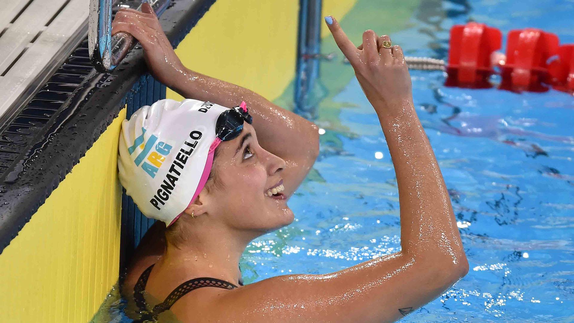 En un final de película, Delfina Pignatiello se adjudicó el oro en los 800  metros libres del Sudamericano de Natación - Infobae