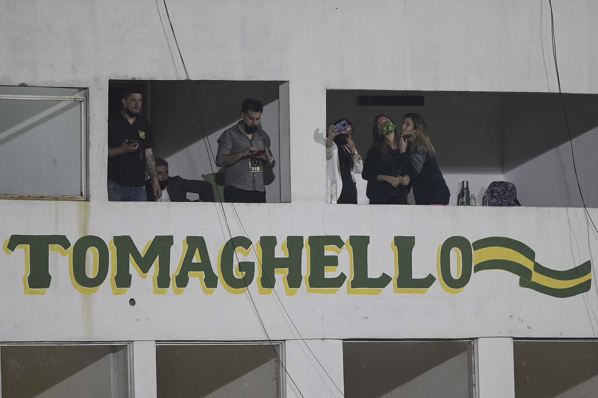 Los palcos en el Norberto Tito Tomaghello de Florencio Varela (JUAN MABROMATA / POOL / AFP)