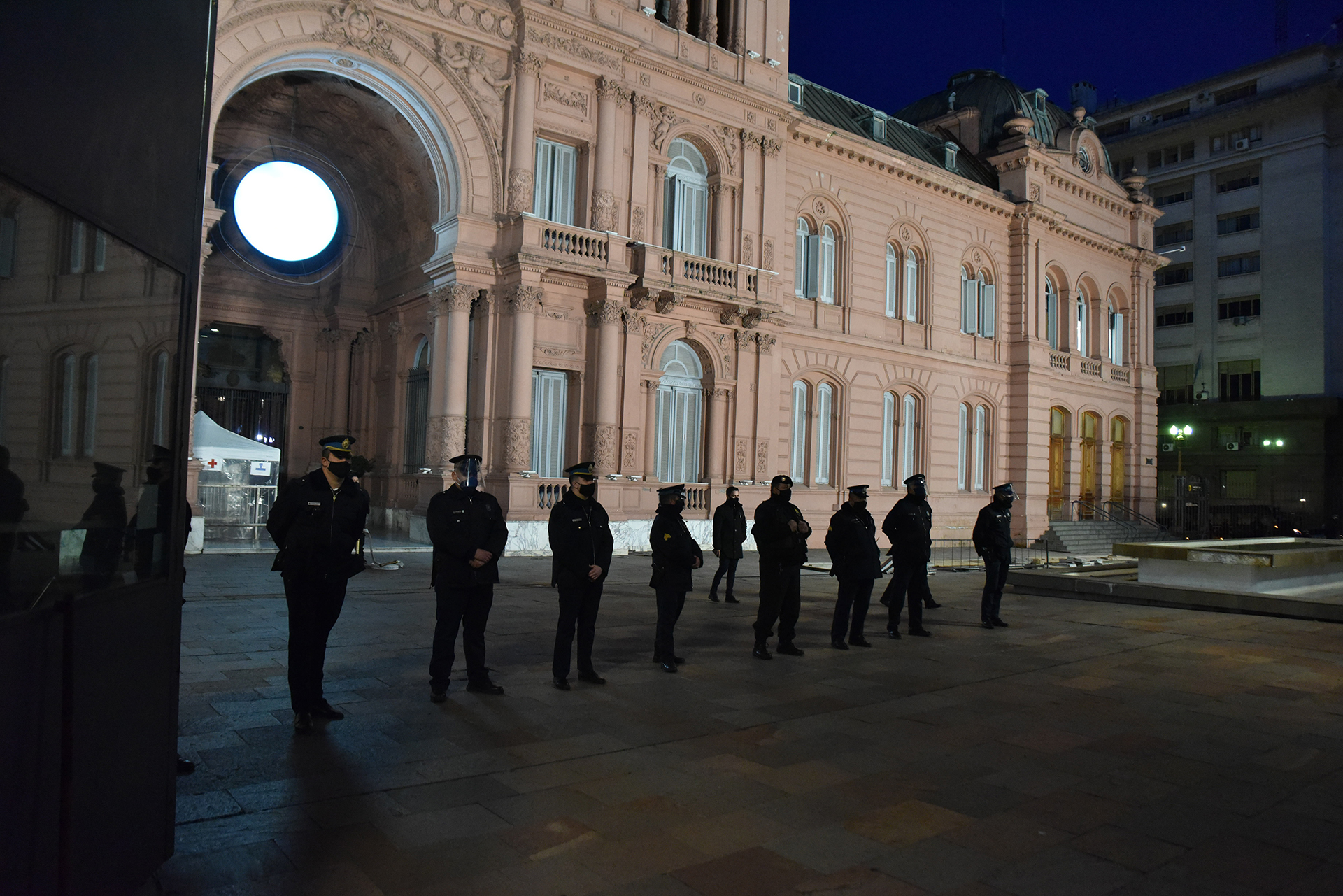 Un cerco policial custodió la Casa Rosada