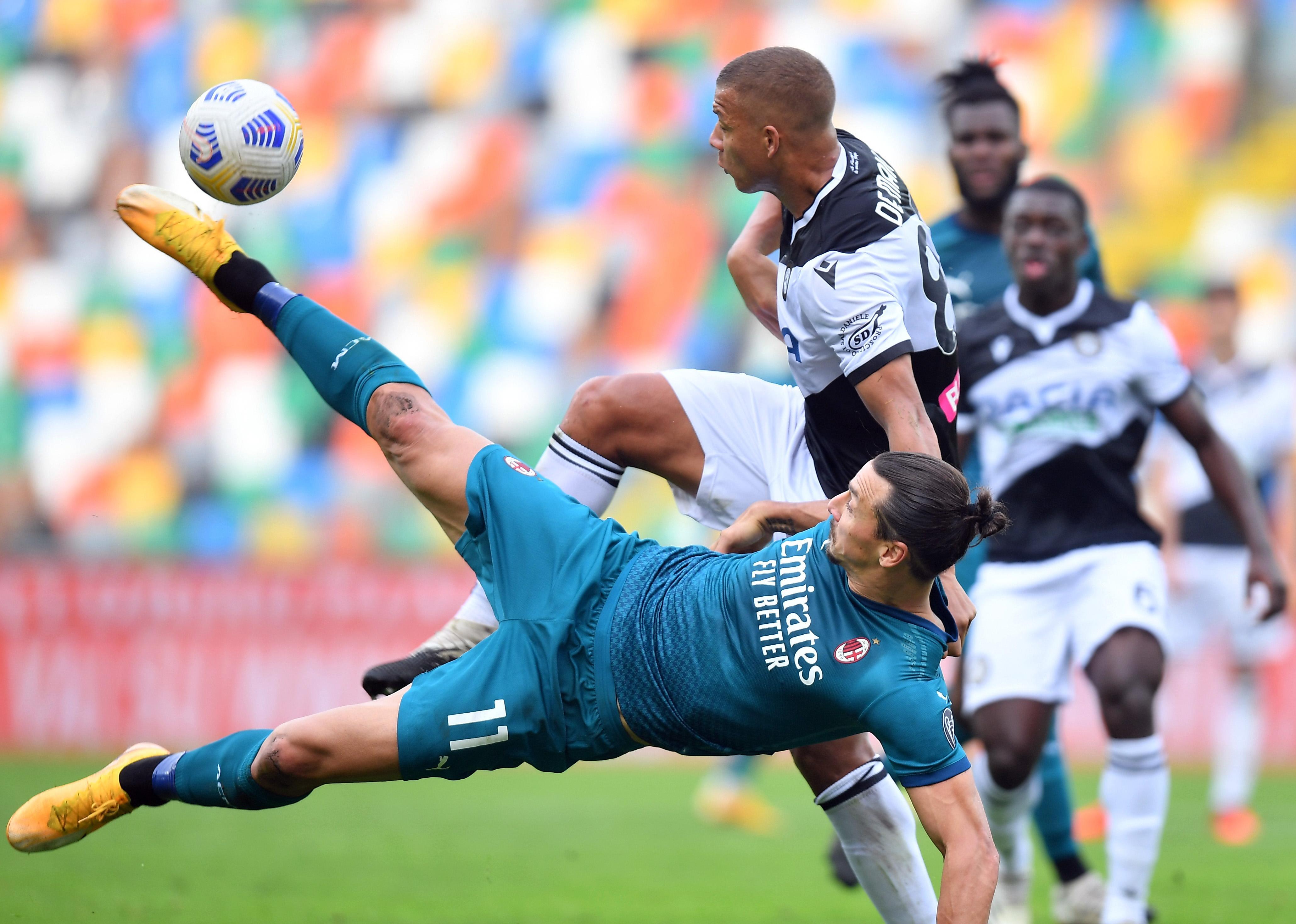 Zlatan Ibrahimovic volvió a brillar con una chilena notable en la victoria del Milan frente al Udinese - Infobae