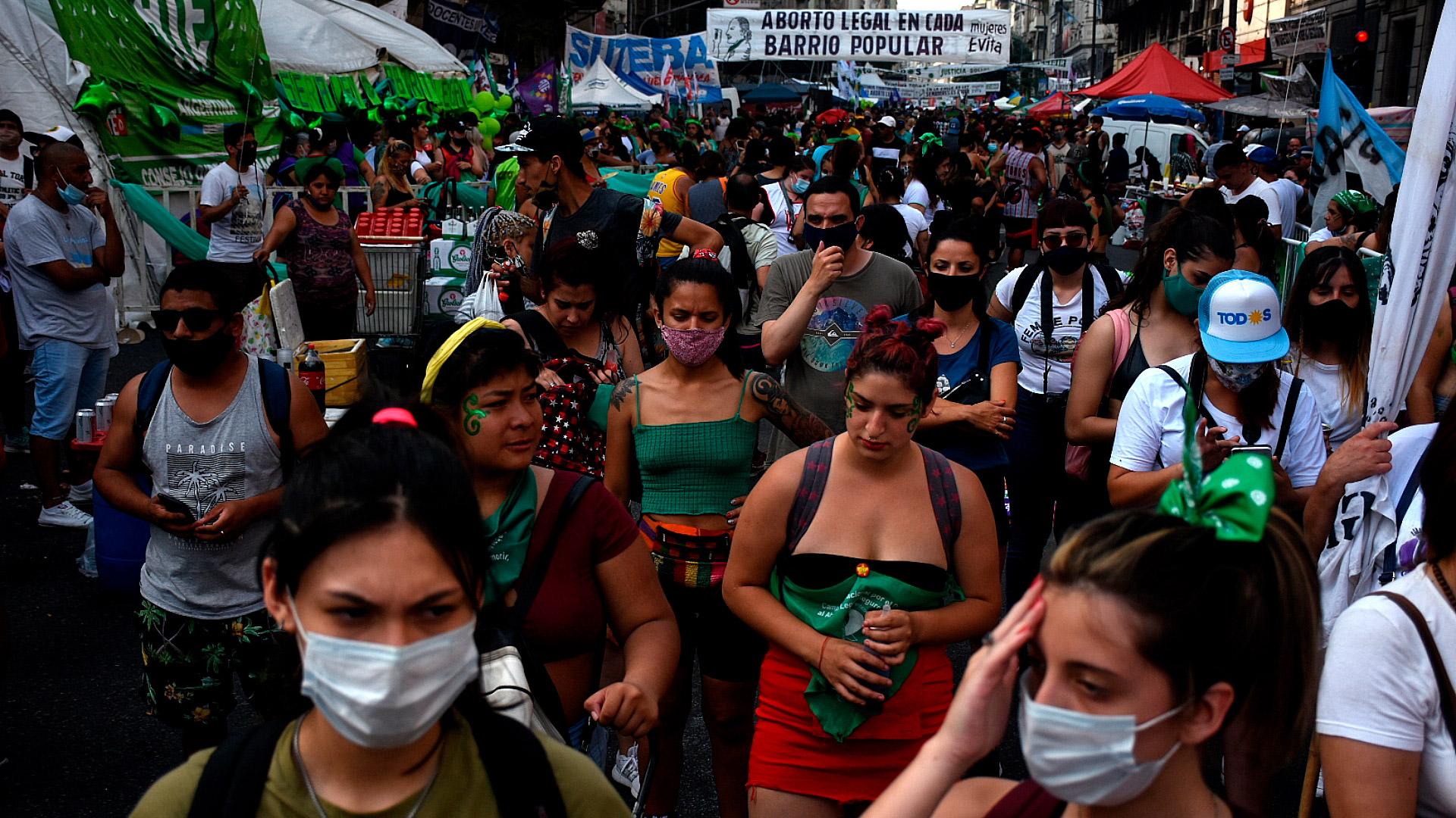 La manifestación tuvo lugar bajo un intenso calor en el centro porteño